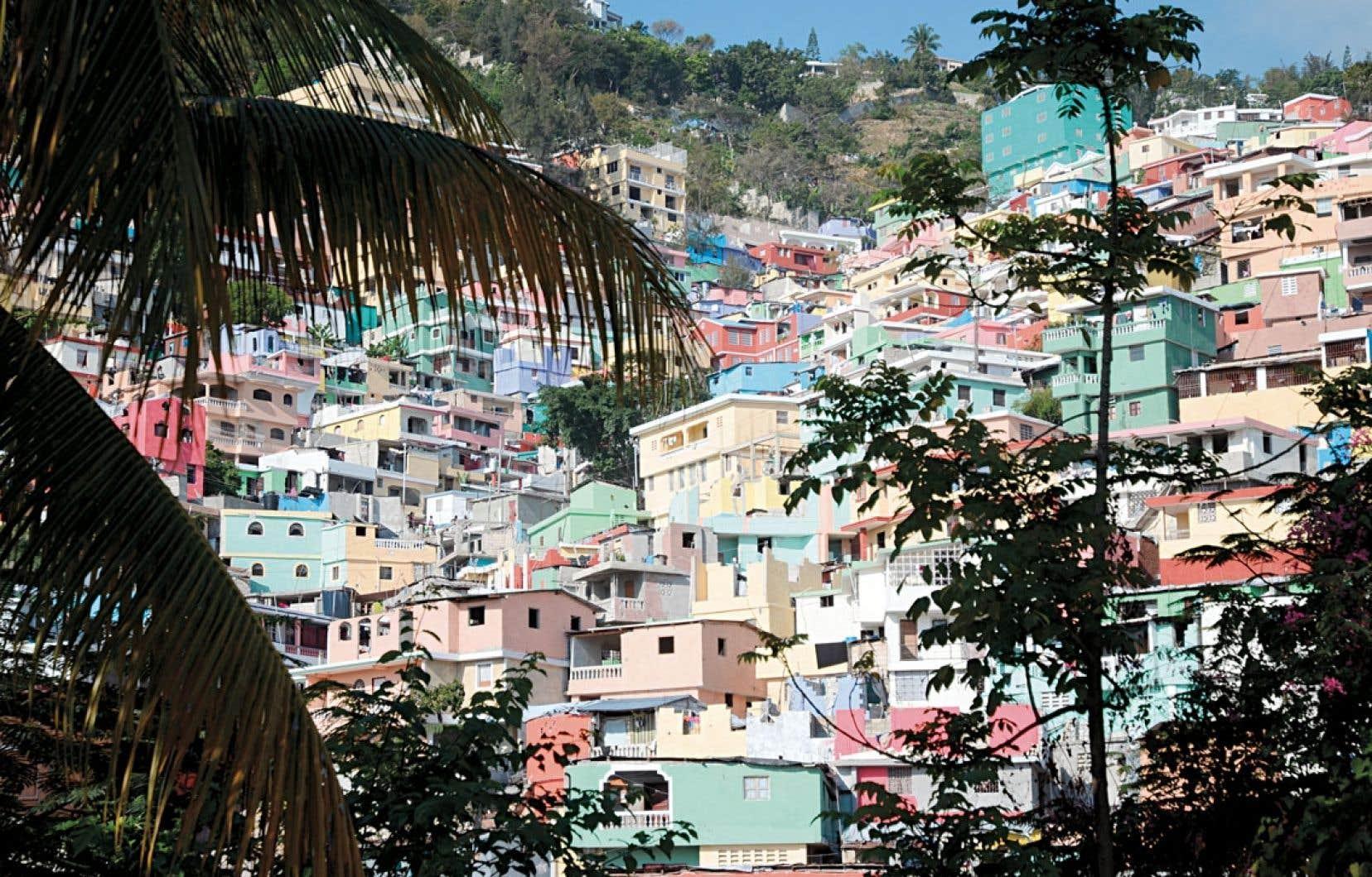 Le bidonville de Jalousie, un quartier dè Pé?tion-Ville en Haïti, s'inspire de la ville imaginaire du peintre jacmeélien Préfète Duffaut.