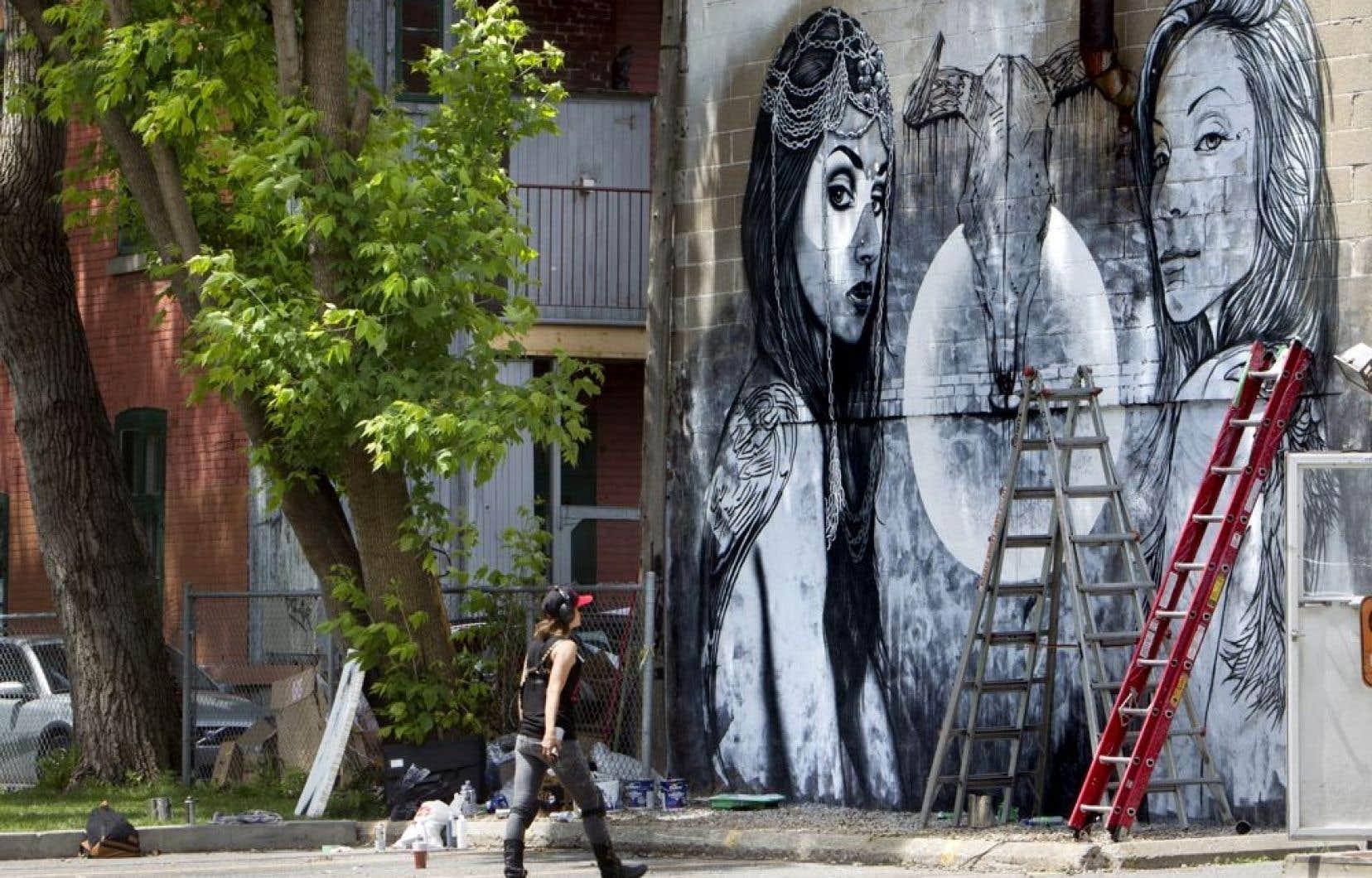 Ce week-end, 30 artistes de rue d'envergure internationale vont maculer de couleurs une vingtaine de façades et murs aveugles sur le tronçon historique située entre Sherbrooke et Mont-Royal.