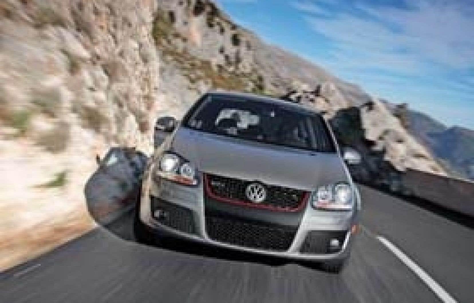 Le punch foudroyant du moteur de 200 chevaux de la GTI est une incitation constante à la délinquance. Si on n'y prend garde, l'enthousiasme croissant avec l'usage, les points du permis de conduire pourraient s'évaporer rapidement.