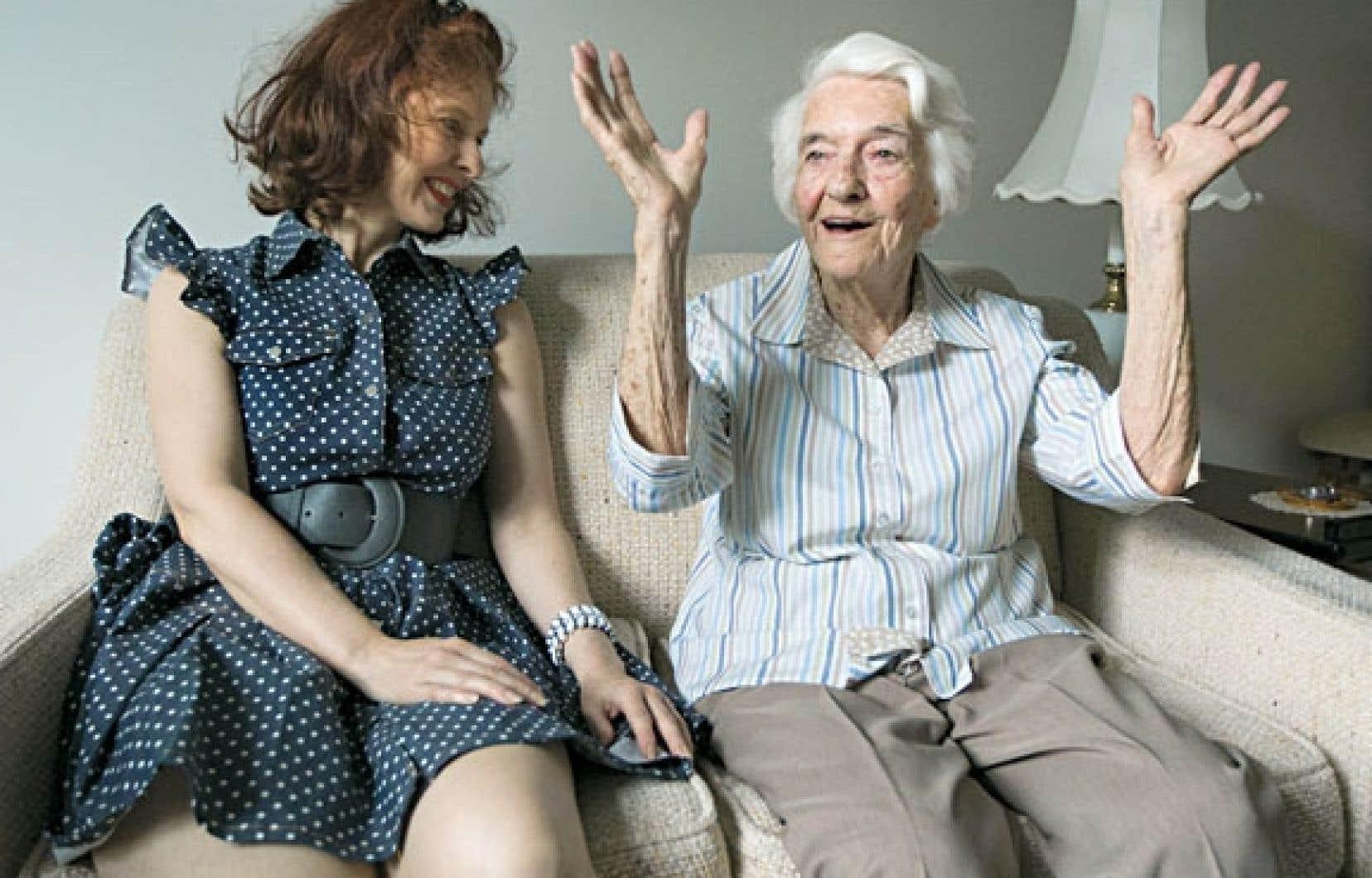 Martine et Alda. Avec le temps, une véritable amitié s'est tissée entre les deux femmes, malgré les 47 ans qui les séparent. « Une chance que je l'ai, parce que je trouve le temps long parfois », avoue Alda.