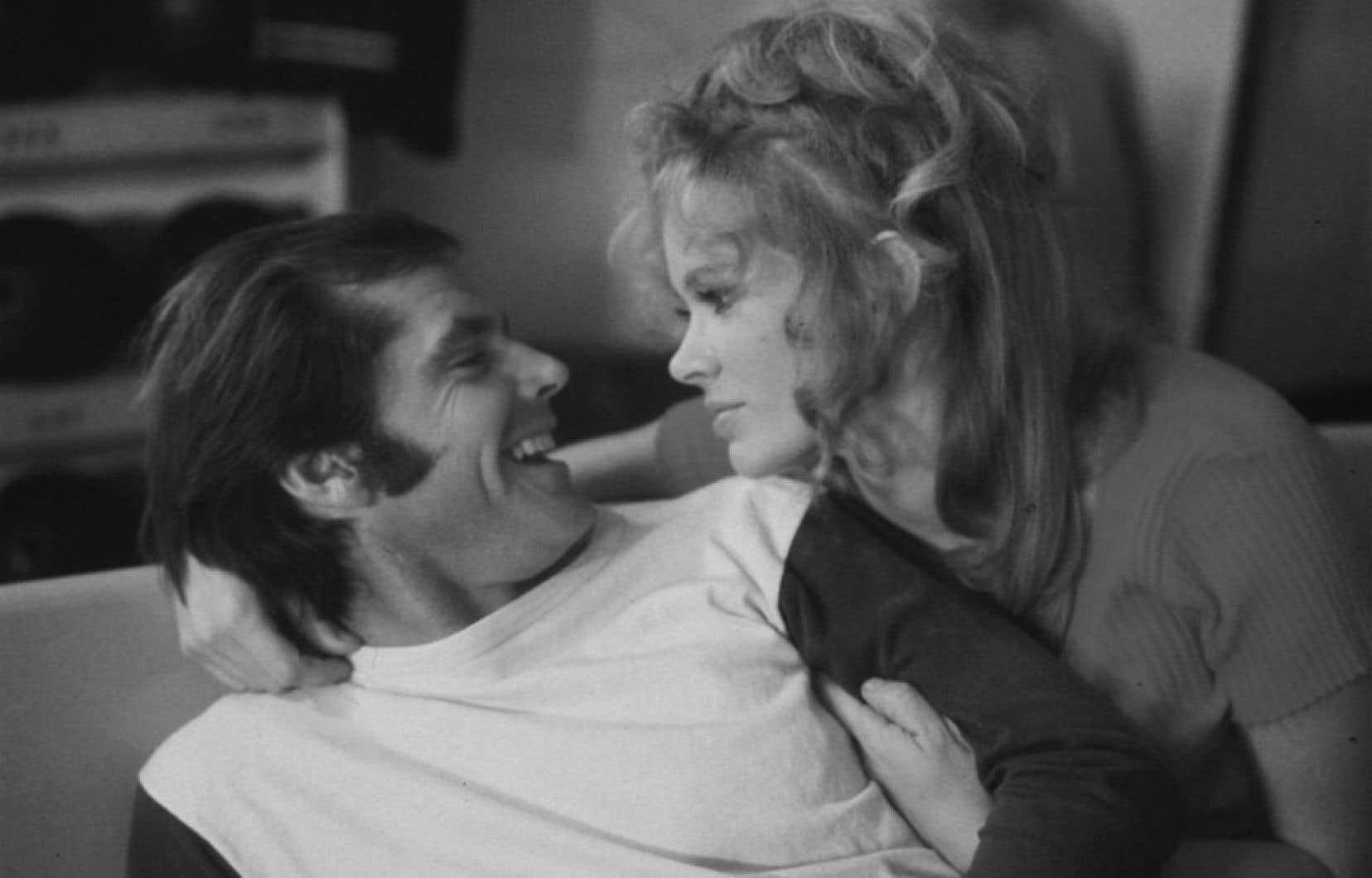 Dans Cinq pièces faciles (Bob Rafelson, 1970), Karen Black est Rayette, une serveuse qui se languit d'amour pour un éternel insatisfait défendu par Jack Nicholson.
