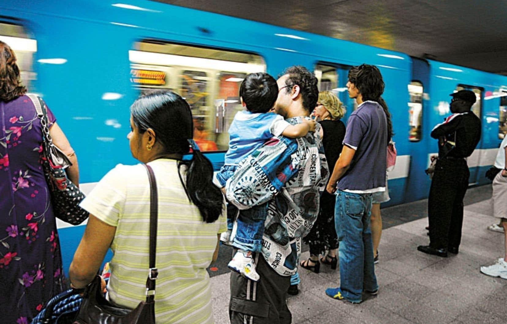 Les pannes dues à la défaillance du système de commande centralisée du métro de Montréal ont mécontenté des milliers d'usagers.