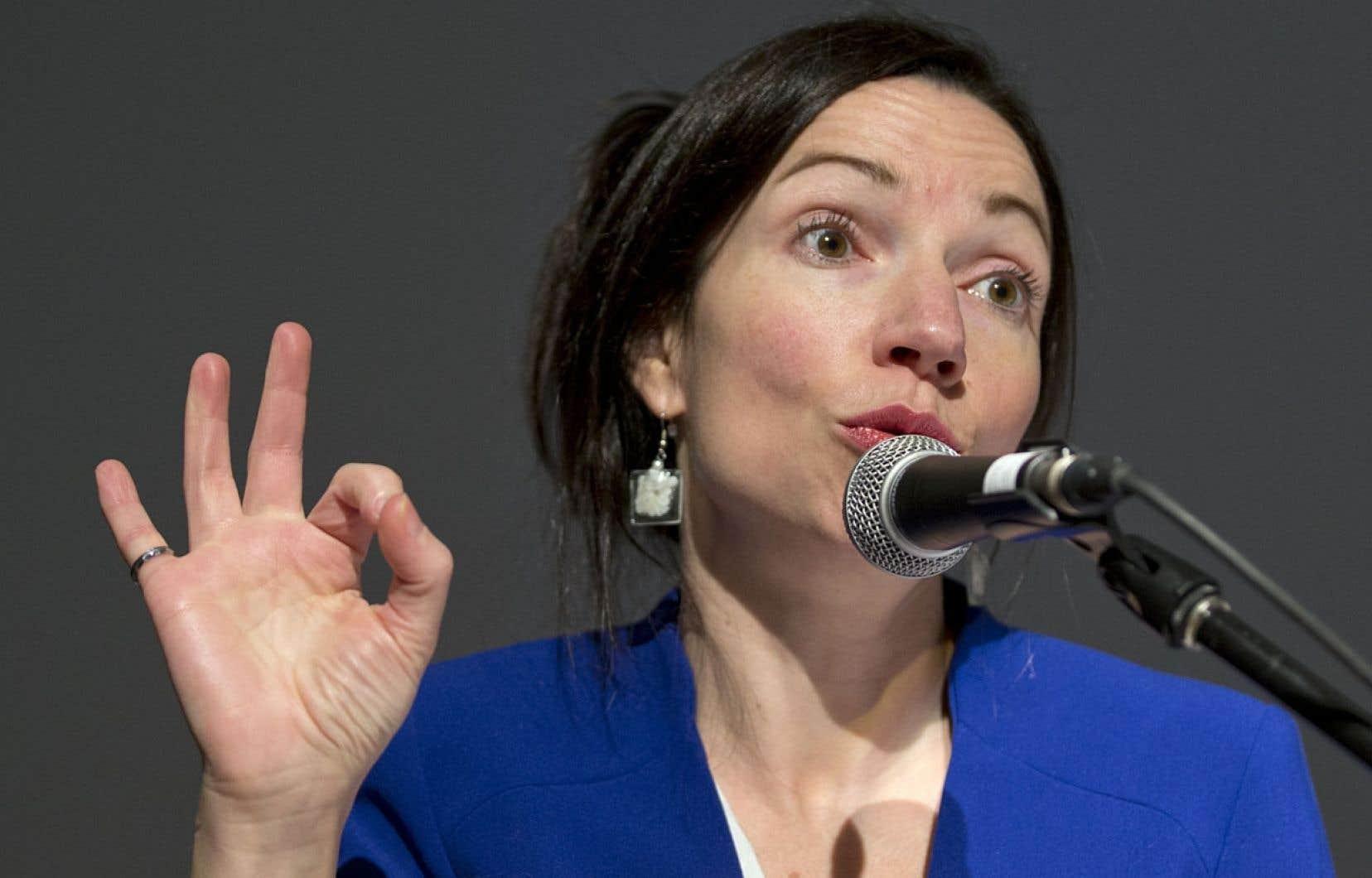 La ministre des Ressources naturelles Martine Ouellet a fait savoir vendredi qu'elle entend déposer «dans les prochaines semaines» un «plan d'action» visant à planifier la restauration et la décontamination des 679 sites dits orphelins et dont Québec a hérité au fil des décennies.