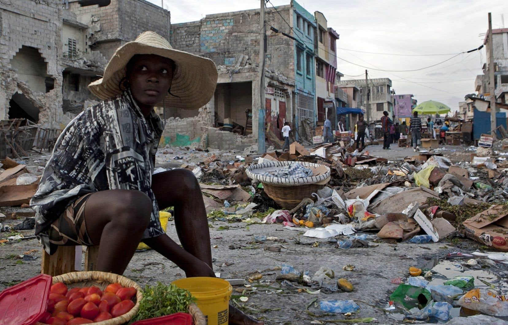 Les pays en développement, comme Haïti (sur la photo), sont plus touchés par les pertes alimentaires durant la production agricole, alors que les régions à revenus moyens et élevés sont plus concernées par le gaspillage dans les commerces de détail et chez les consommateurs.