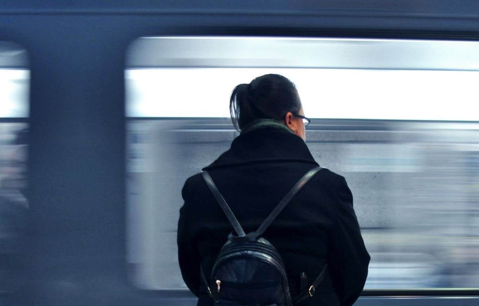 Québec estime que ce nouveau segment de la ligne bleue sera utilisé par environ 84 000 personnes quotidiennement et qu'il permettra des économies annuelles de 52 millions $ «grâce à des gains de temps».