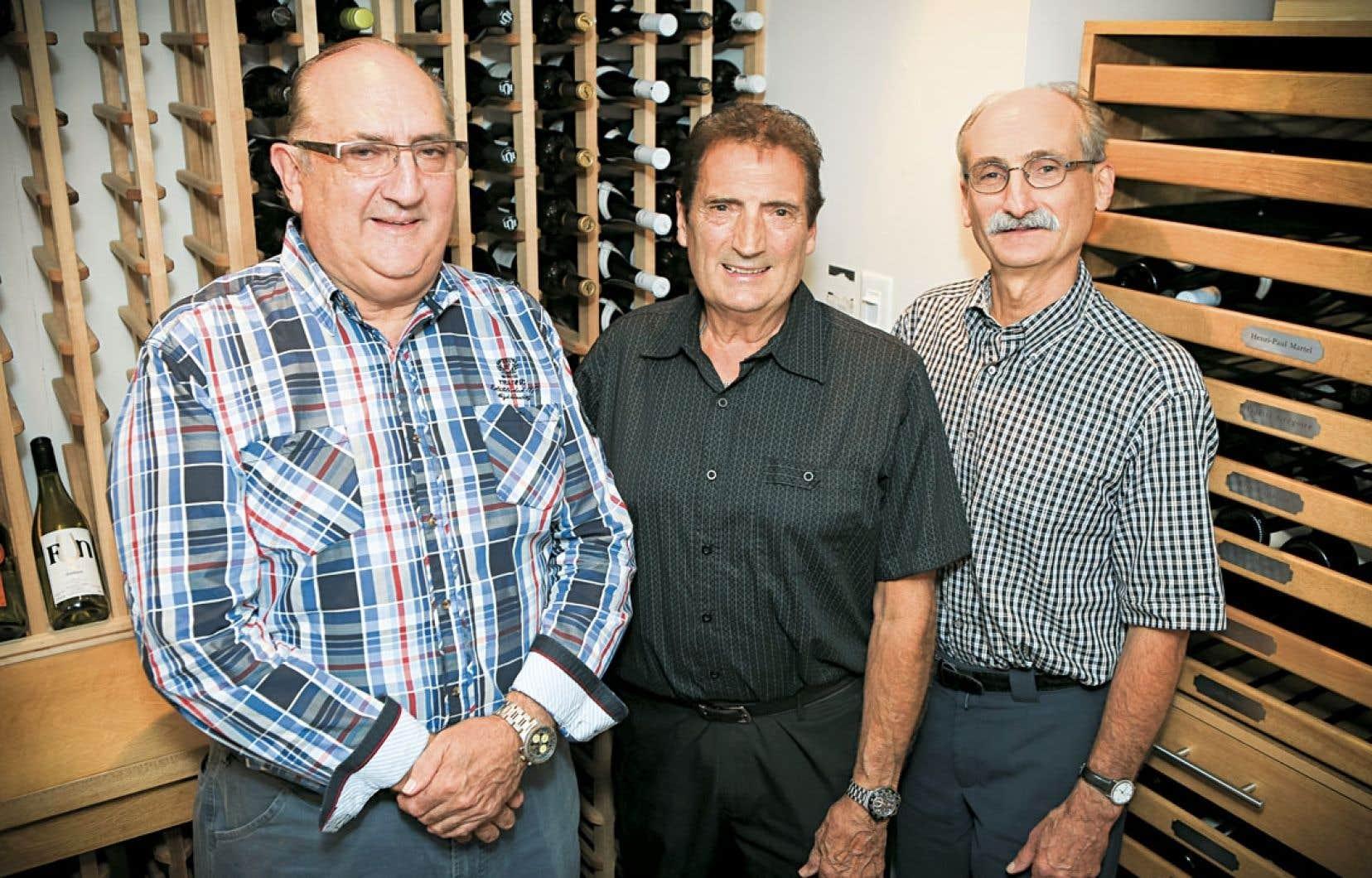 Les frères Éthier, Michel, Pierre et Serge, ont appris à la dure et se sont passionnés rapidement pour le service aux clients, qu'ils offrent de façon tout à fait personnalisée.