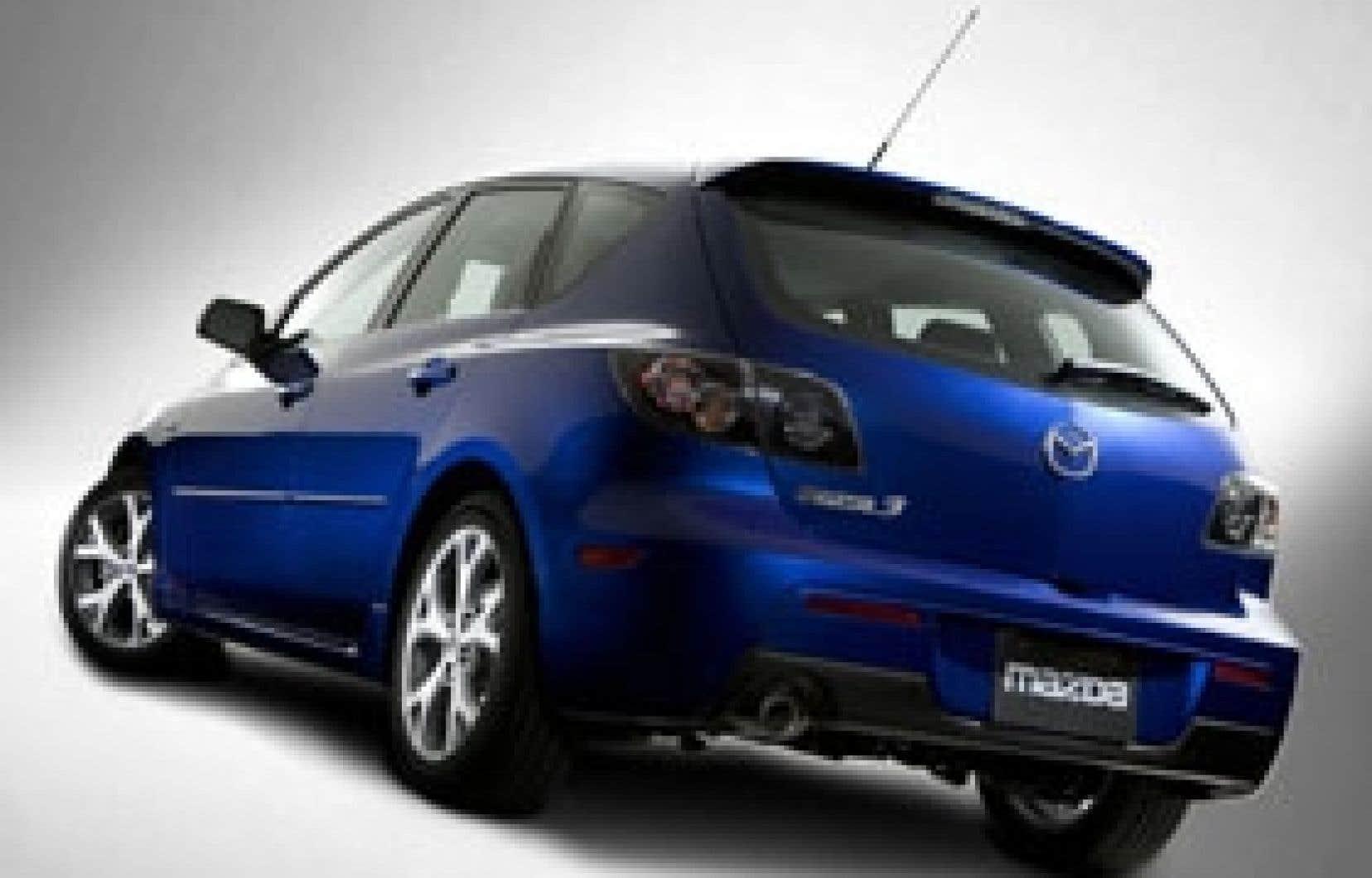 La Mazda 3 est une sorte d'antidote à l'ennui que provoque la conduite de l'immense majorité des voitures compactes.