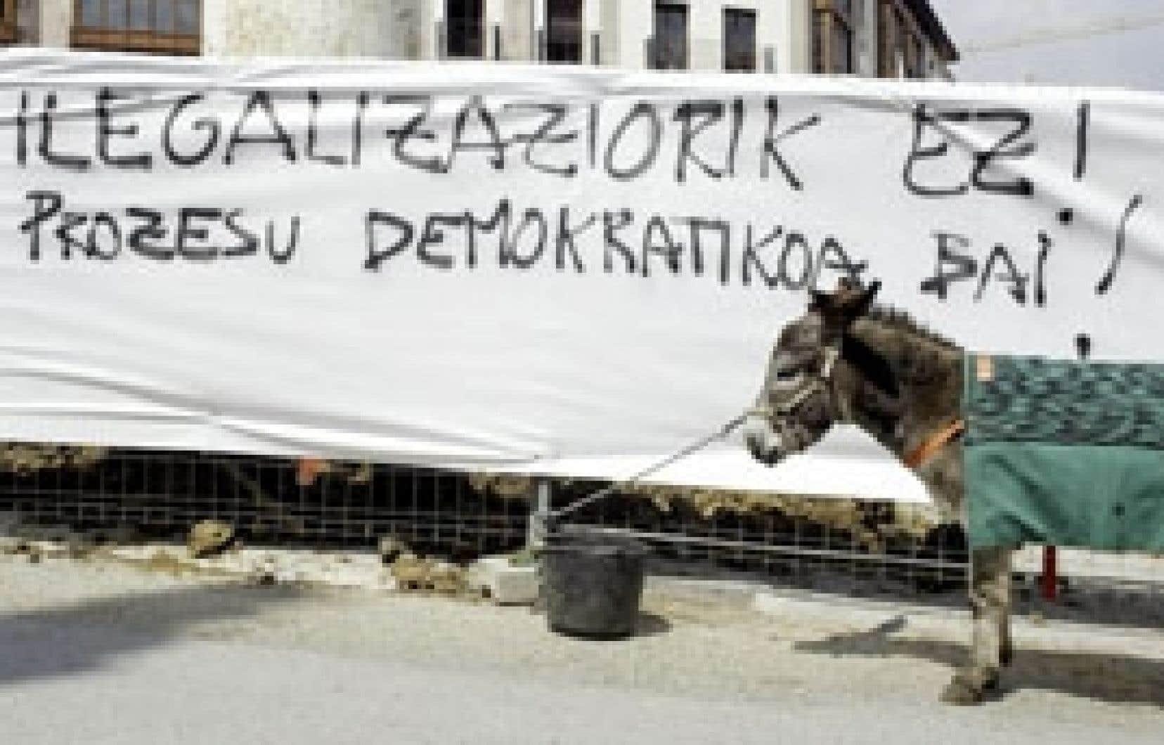 Vincent West reuters «Non à l'illégalisation, place à la démocratie maintenant!» pouvait-on lire hier à Balmaseda.