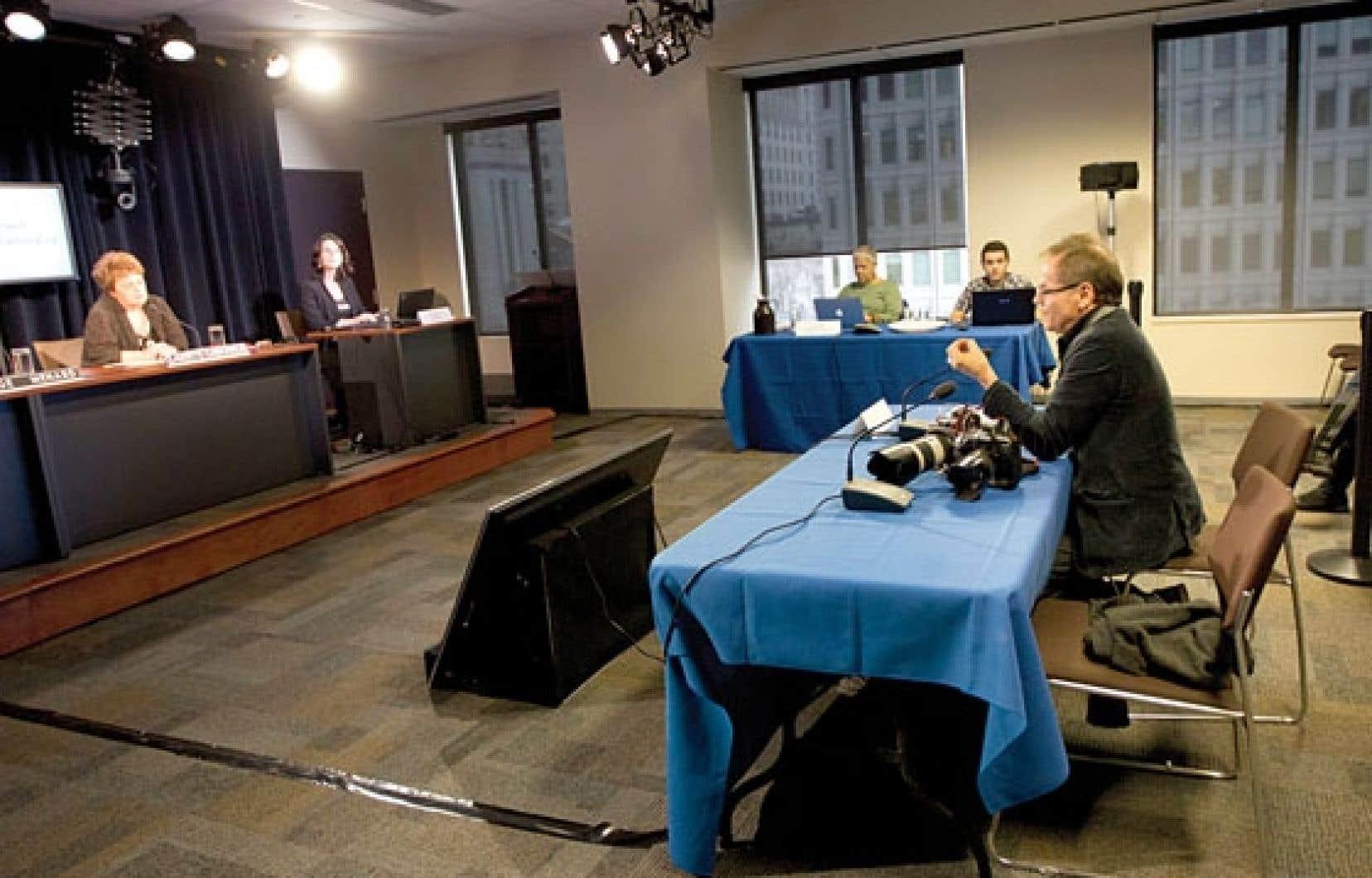 C'est la première fois que la voix de la presse, par l'entremise du photographe du Devoir Jacques Nadeau, est entendue à la Commission spéciale d'examen des événements du printemps 2012.