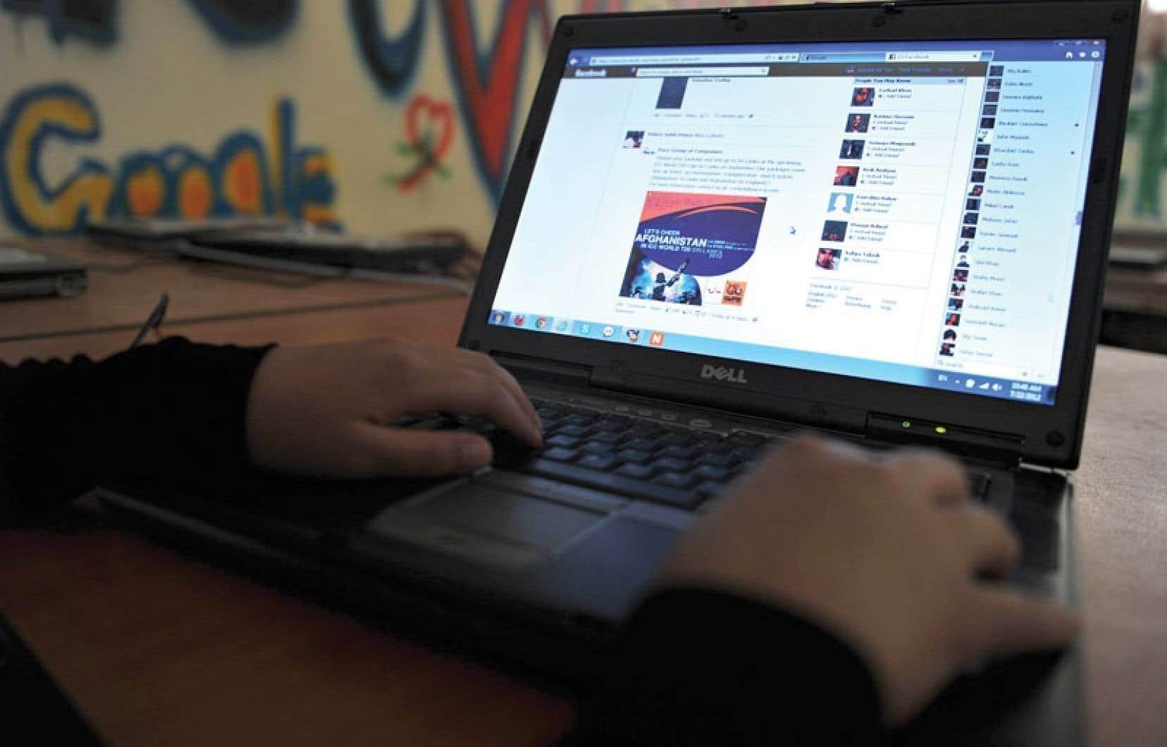 Le projet de loi contre la cyberintimidation contient des mesures qui incitent les fournisseurs Internet à livrer des informations confidentielles sur leurs clients.