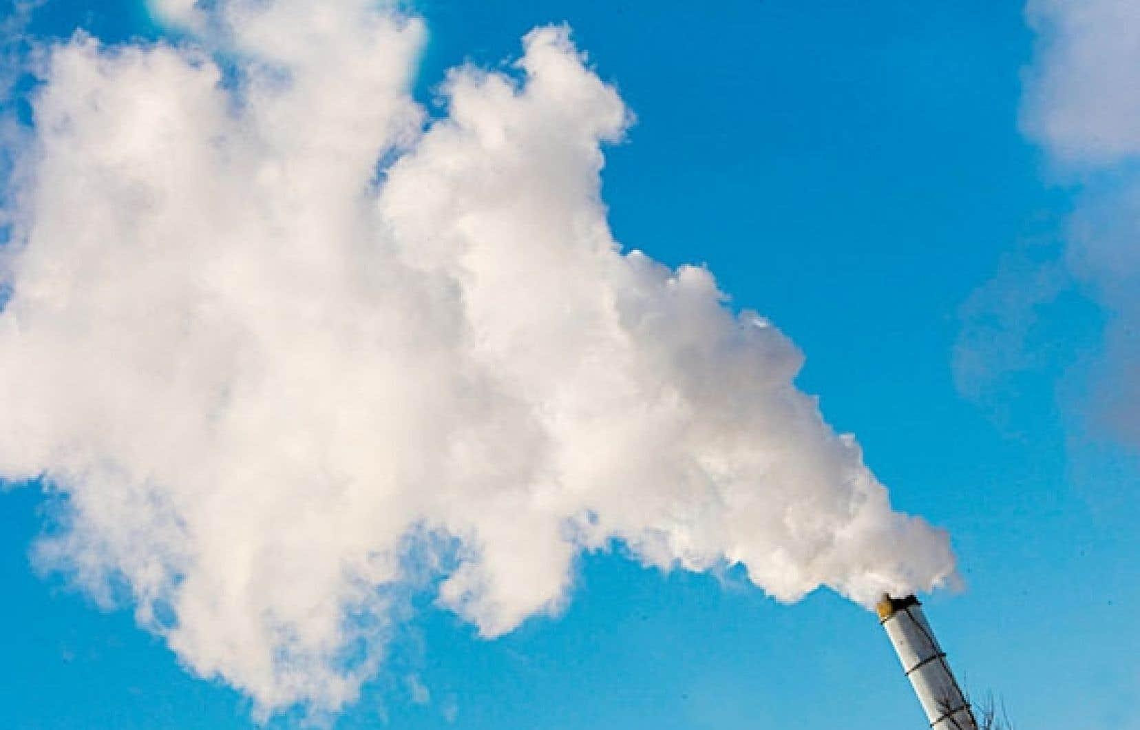 Le plafond d'émissions de gaz à effet de serre a été fixé par Québec à 23,2 millions de tonnes en 2013.