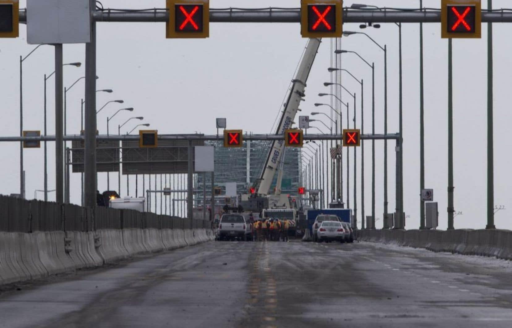 La CMM a adopté à l'unanimité, le 3 octobre dernier, une résolution demandant au gouvernement canadien de ne pas imposer de péage sur le nouveau pont Champlain.