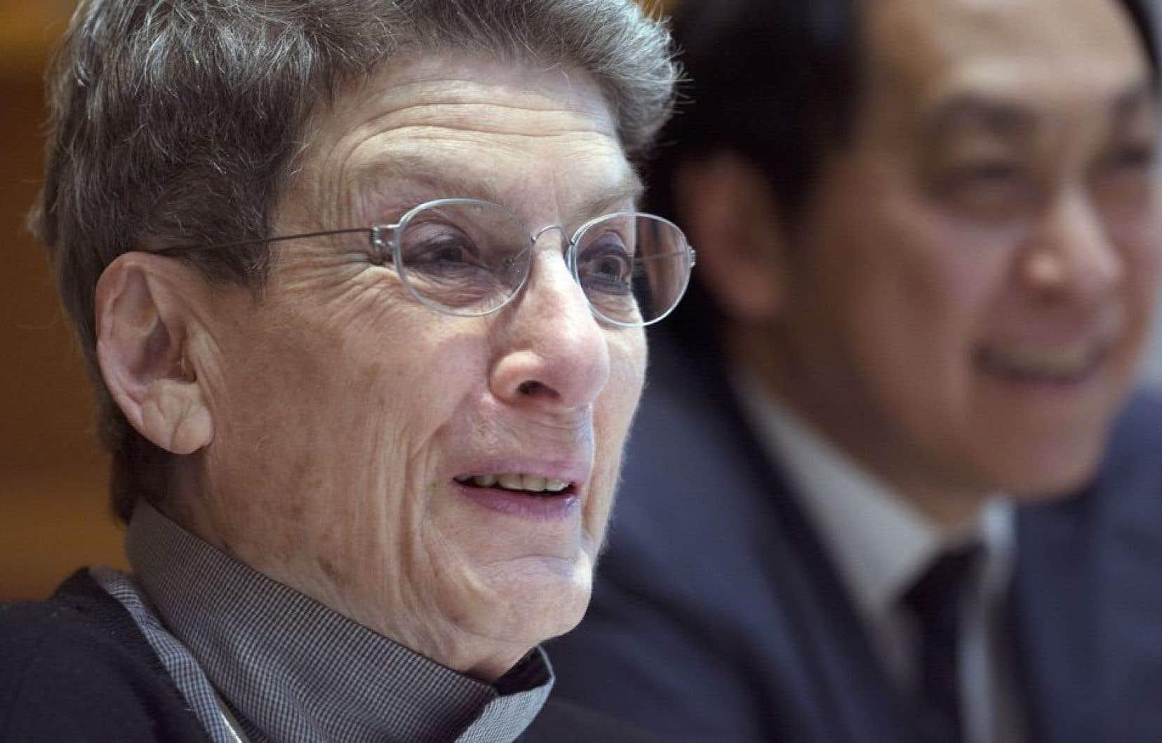 Au cours de sa carrière, Phyllis Lambert a reçu plusieurs prix et distinction et a obtenu des doctorats honorifiques dans une vingtaine d'universités en Amérique du Nord et en Europe.