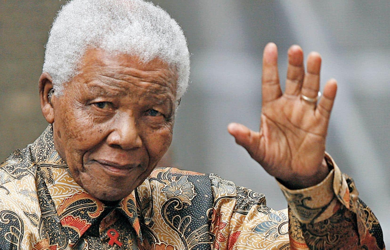 Malgré les nombreux défis auxquels fait face l'Afrique du Sud, ce qui a été accompli est phénoménal, une leçon d'histoire mondiale et historique dont le chef d'orchestre s'appelait Nelson Rolihlahla Mandela.