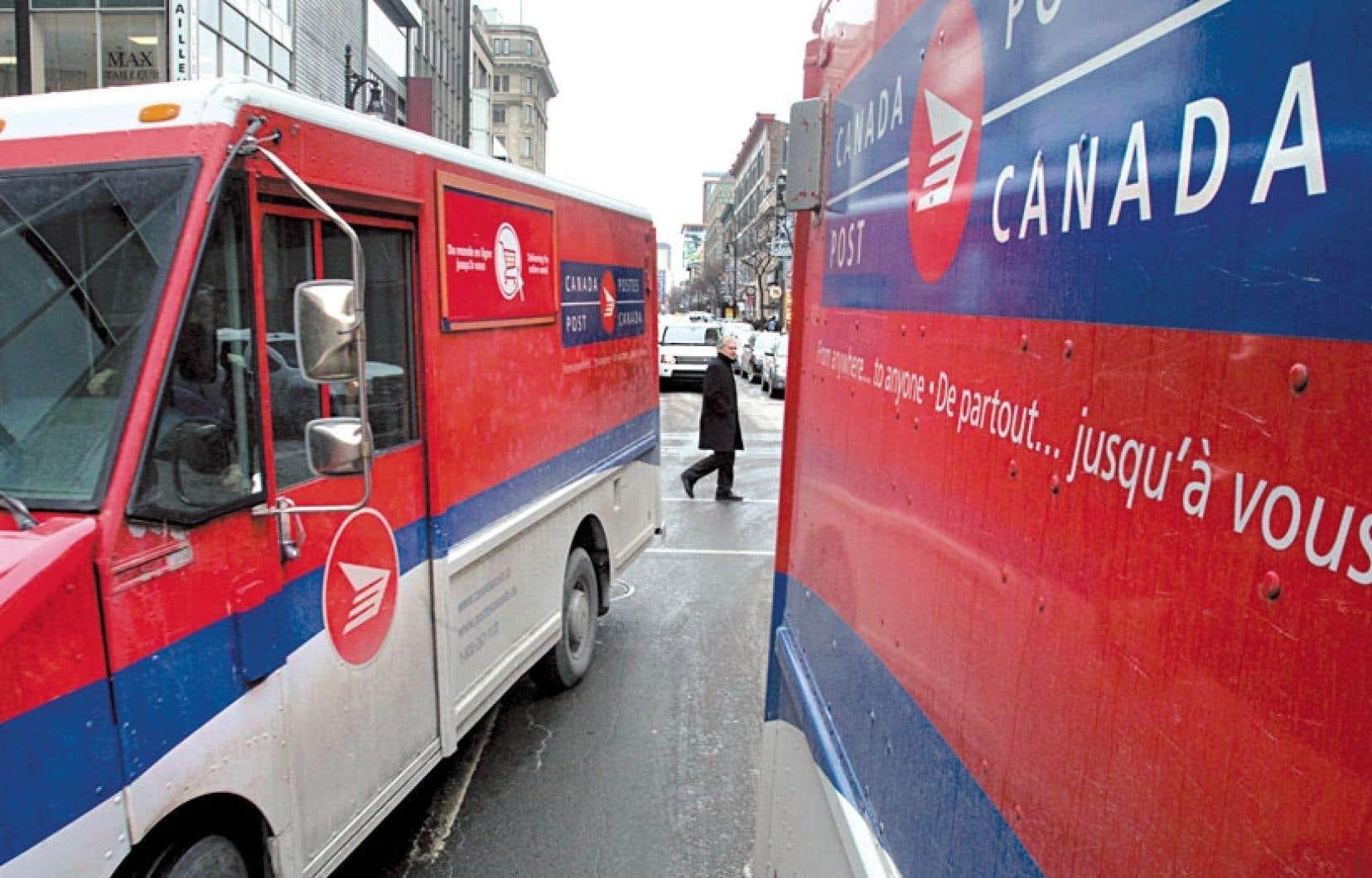 Postes canada le courrier ne sera plus livr domicile le devoir - Bureau de poste quebec restaurant ...