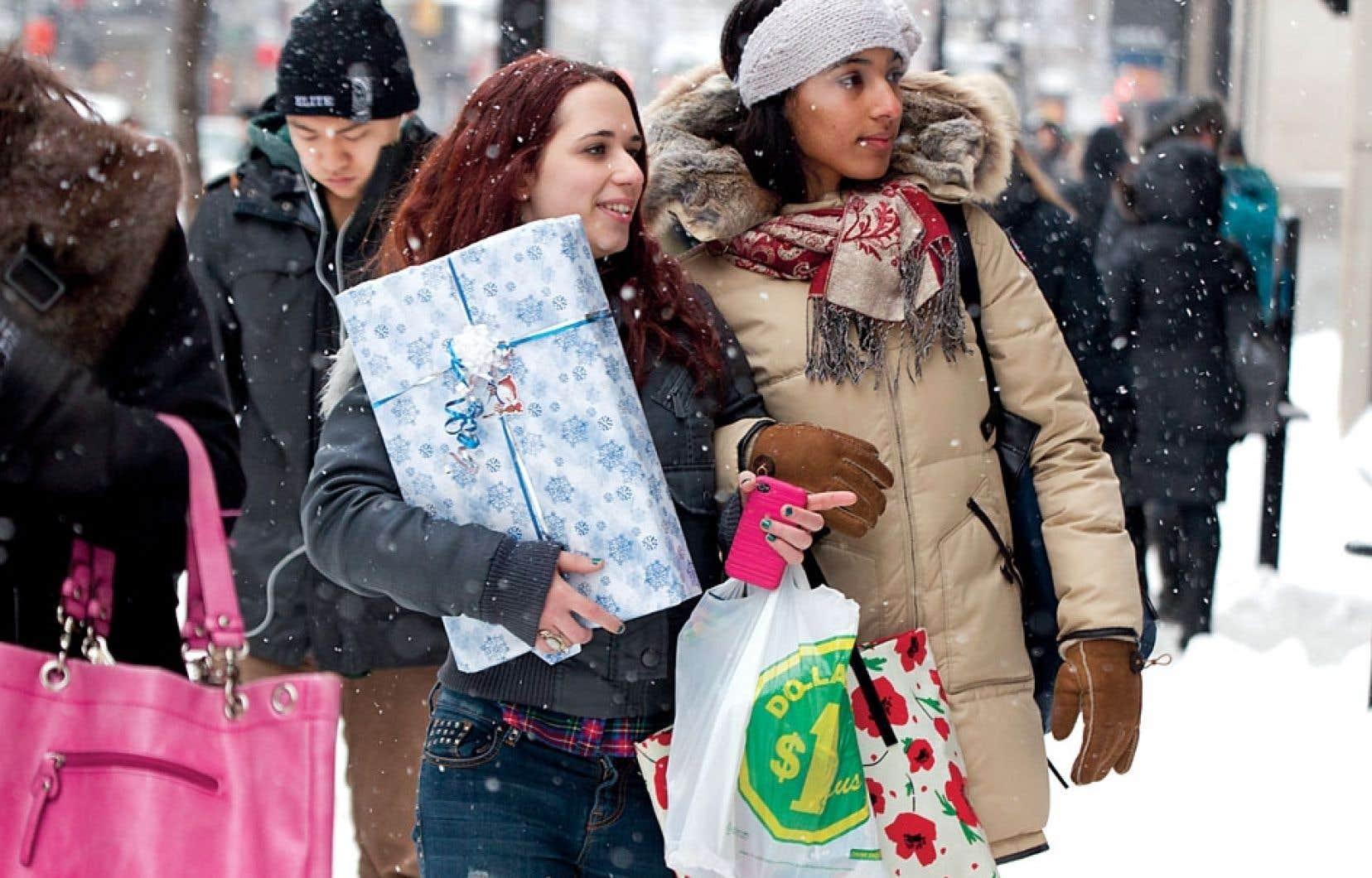 Alors qu'on entre dans la dernière semaine de magasinage des Fêtes, une étude publiée en 2008 nous rappelle qu'on surestime souvent l'importance que le destinataire accorde à la taille et au prix des cadeaux que l'on offre.
