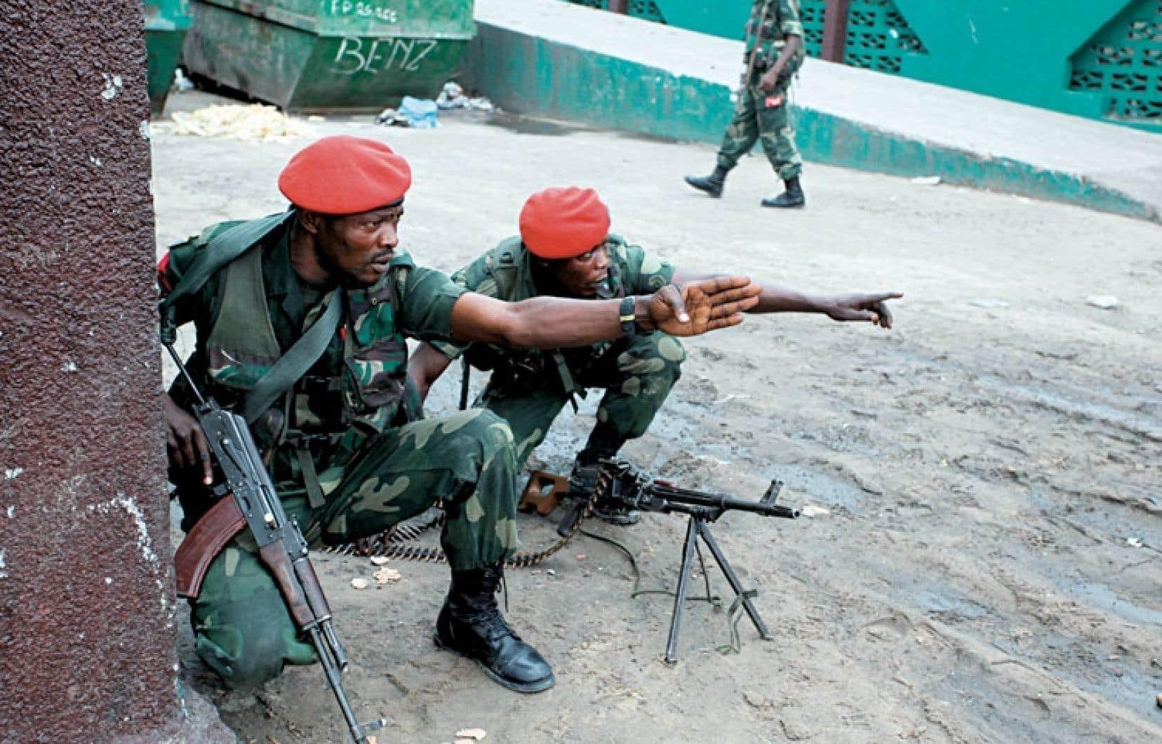 La police militaire était sur les dents à Kinshasa lundi.
