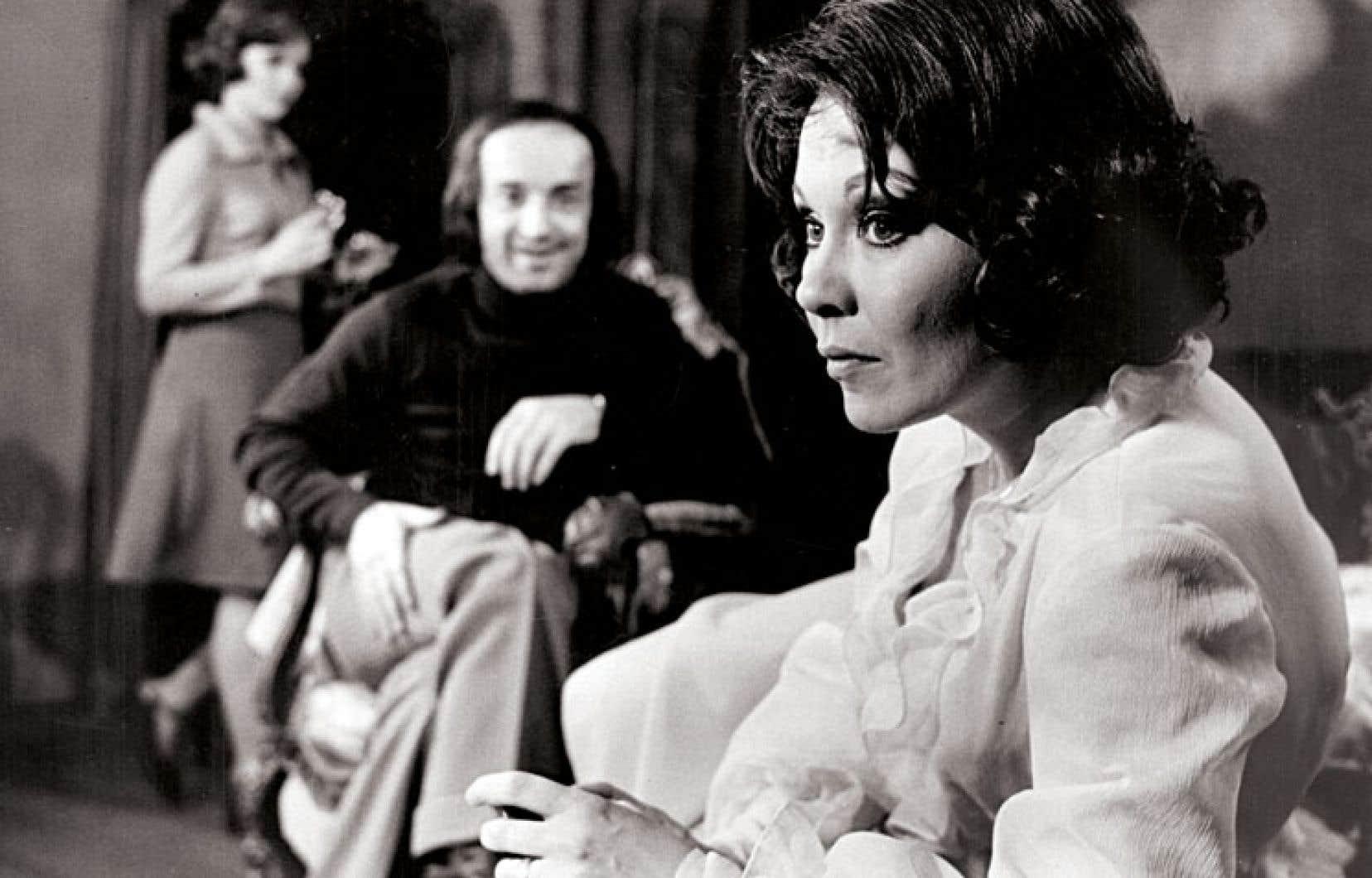 Catherine Bégin dans Teresa, une pièce de Natalia Ginzburg présentée au printemps 1974 par le Théâtre populaire du Québec.