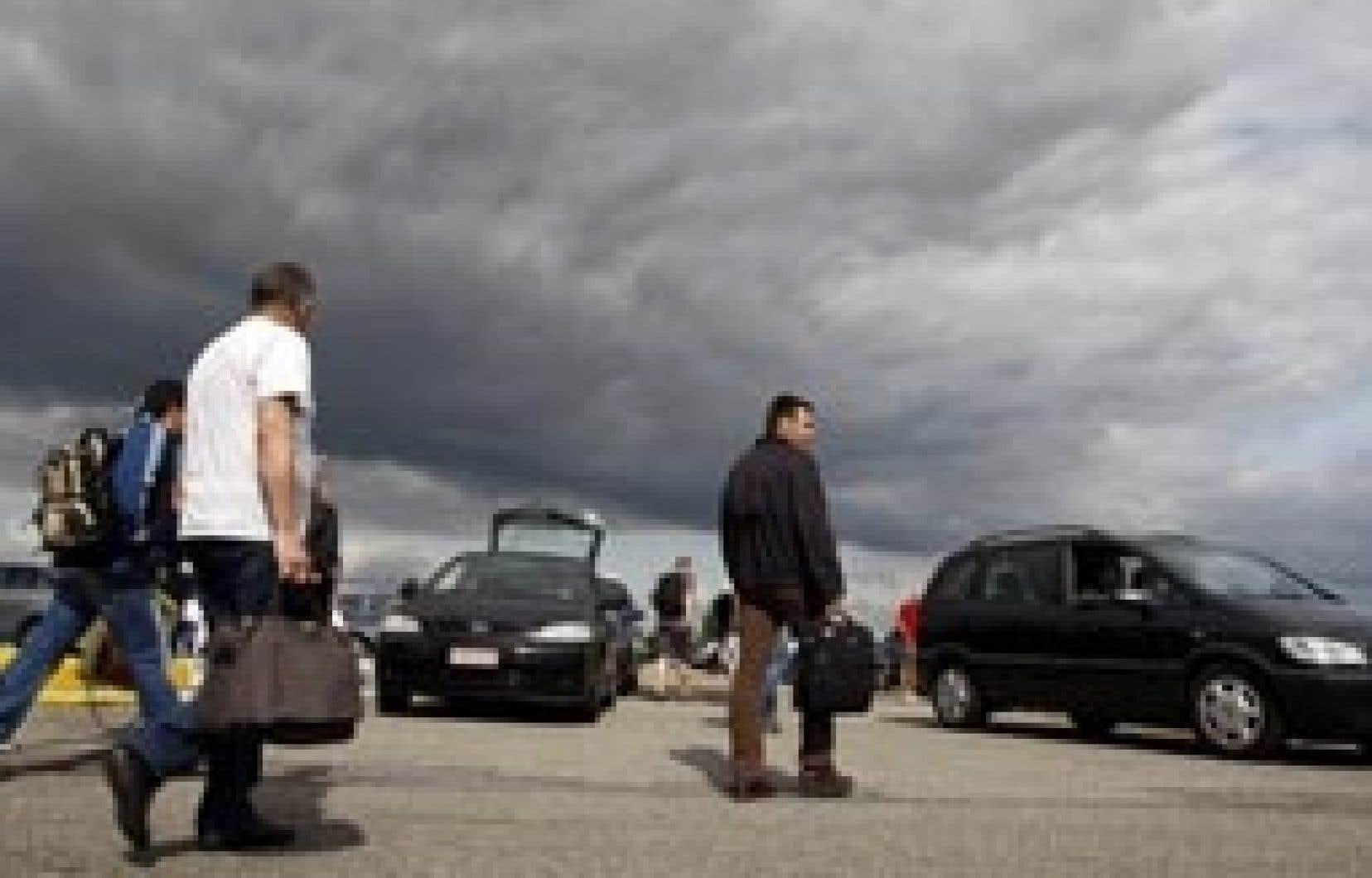 Opel emploie plus de 49 000 personnes en Europe, dont environ 25 000 en Allemagne.