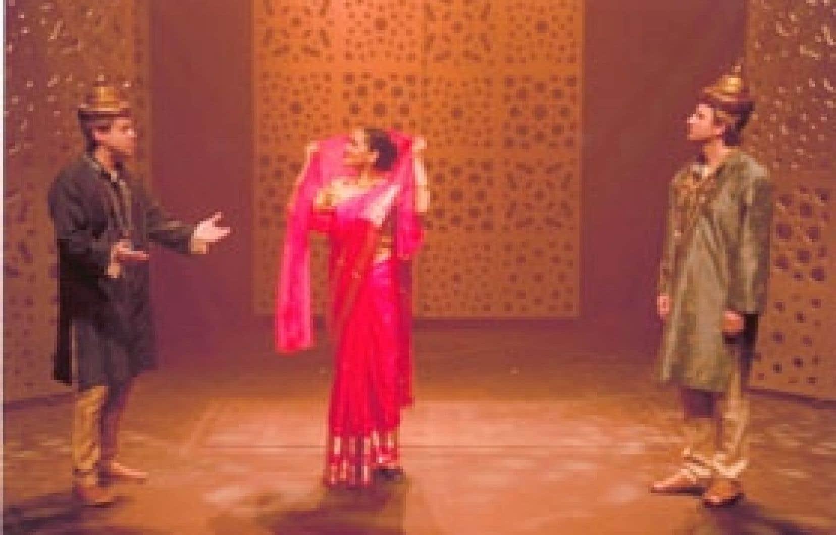 Alexis Martin, Amrita Choudhury et Daniel Brière dans une scène de la pièce La Marche de Râma.