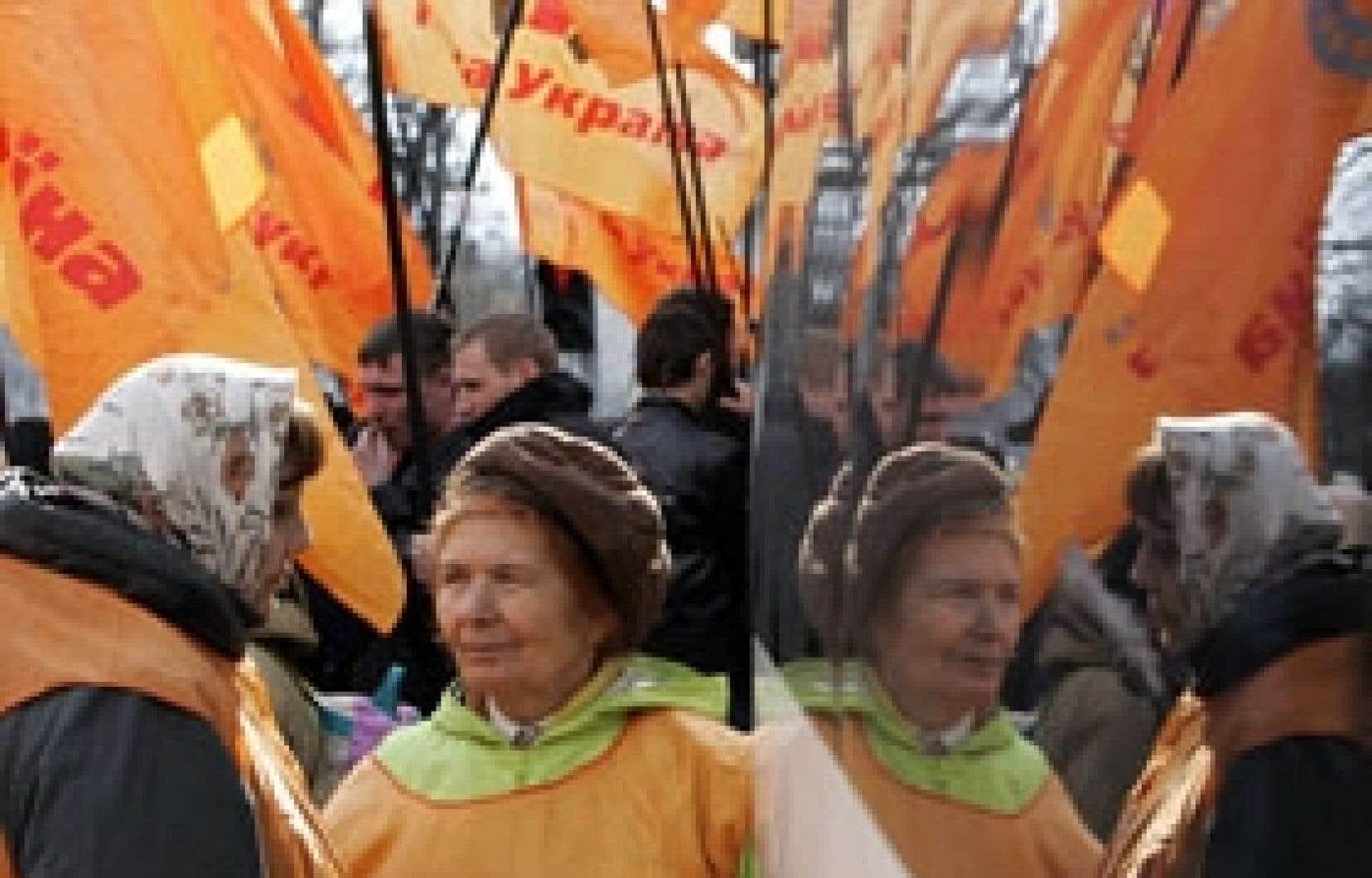 Les manifestations se sont poursuivies hier à Kiev.