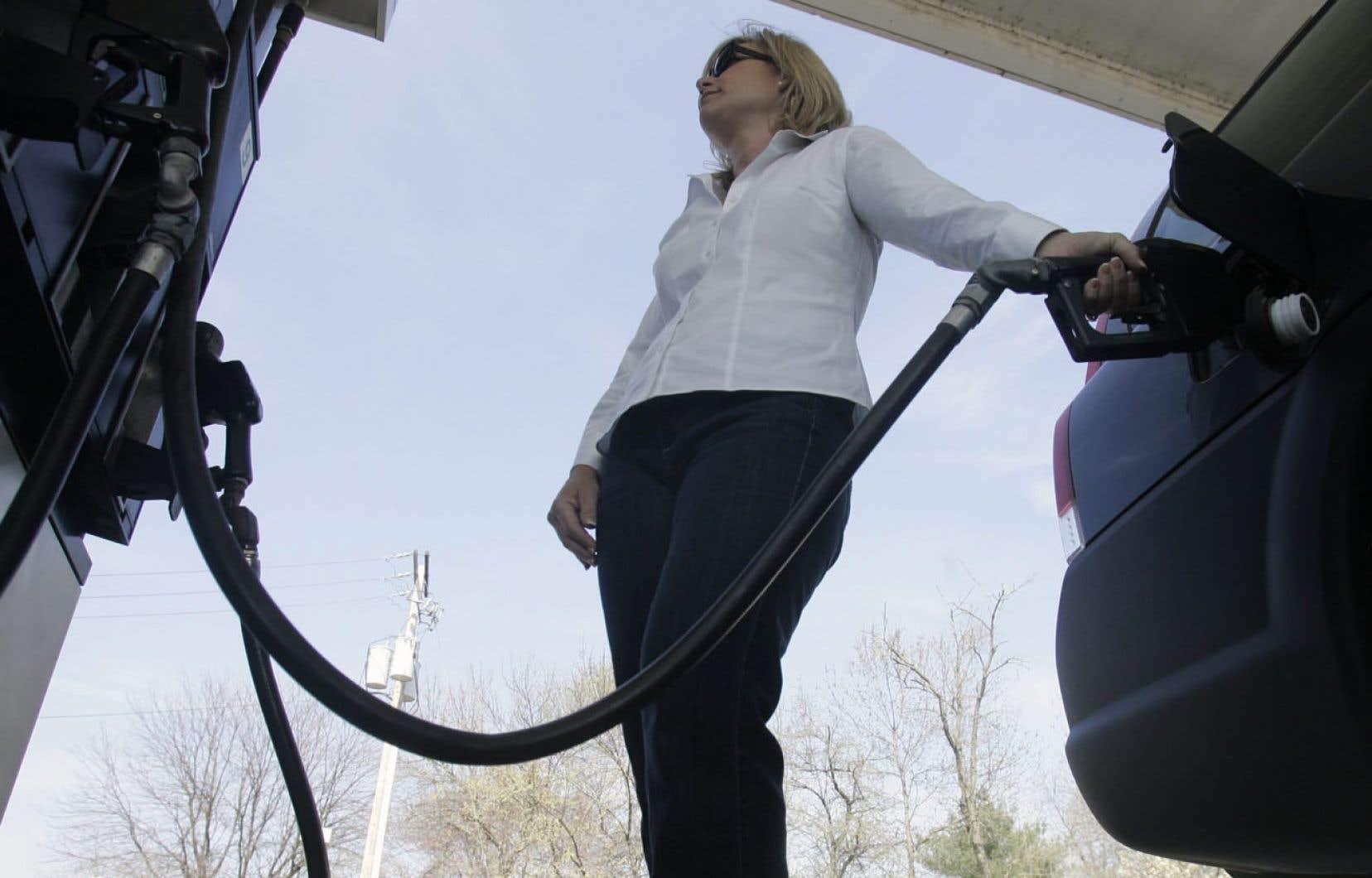 La pétrolière Hess a annoncé son intention de se départir de son réseau de vente au détail et Couche-Tard pourrait fort bien faire une offre.