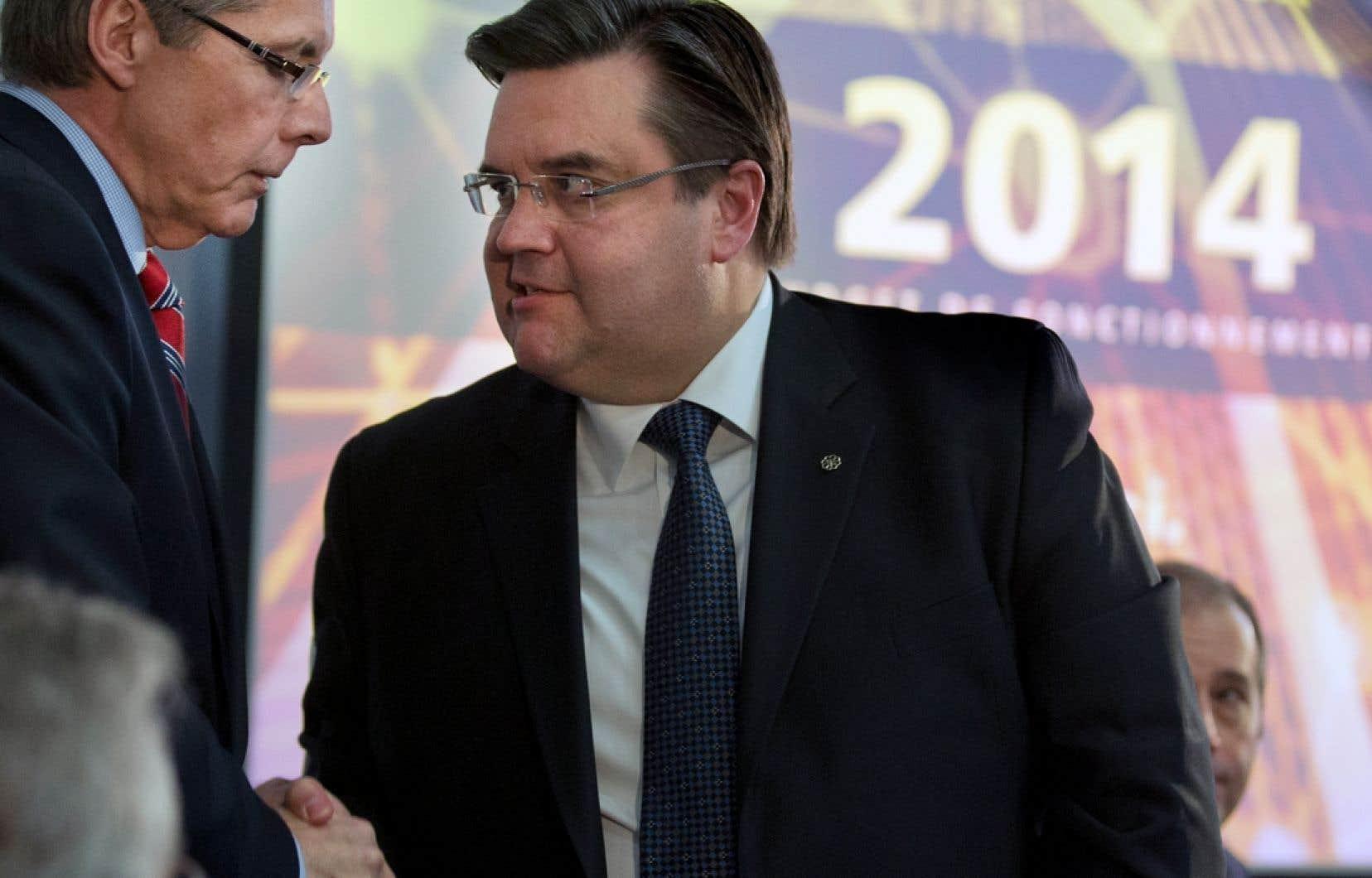 Le maire Coderre a qualifié son budget de « responsable et pragmatique » en permettant de freiner la croissance des dépenses de la Ville. Ci-dessus, le maire (à gauhe) en compagnie de Pierre Desrochers.