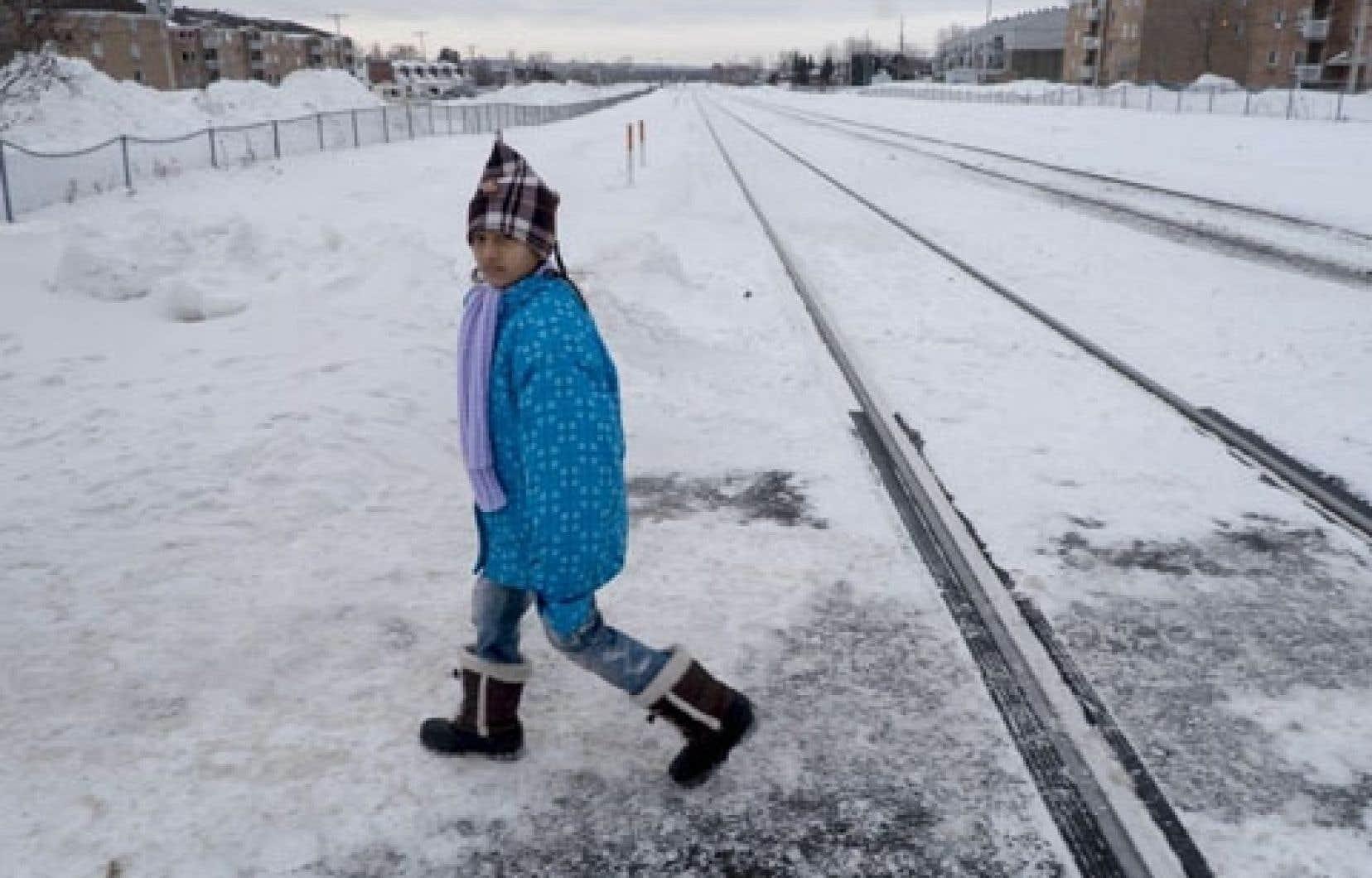 Une fillette népalaise dans le secteur de Vanier, à Québec.