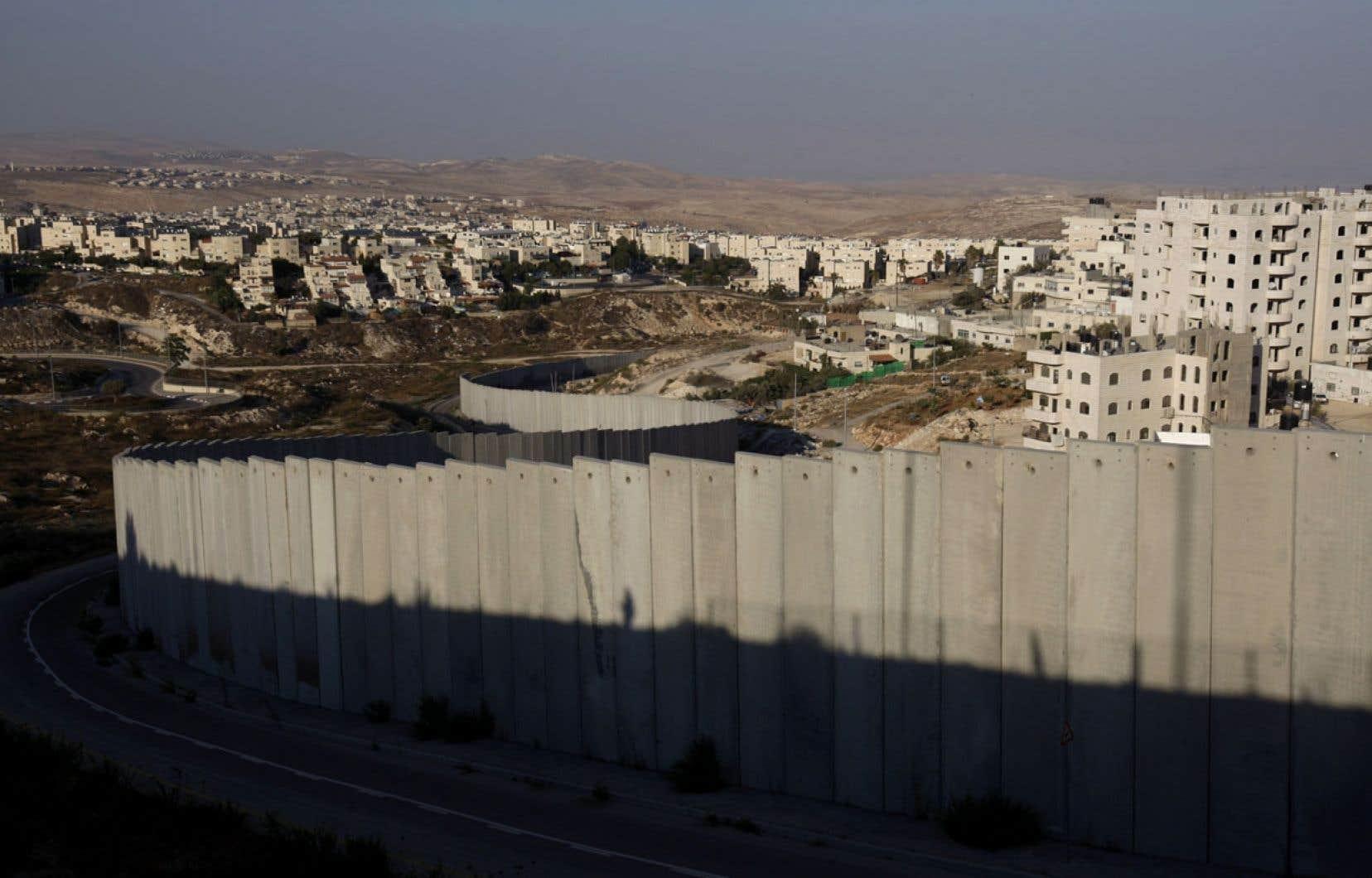 L'armée israélienne veut faire passer le «mur de l'apartheid» sur un site à forte valeur patrimoniale.