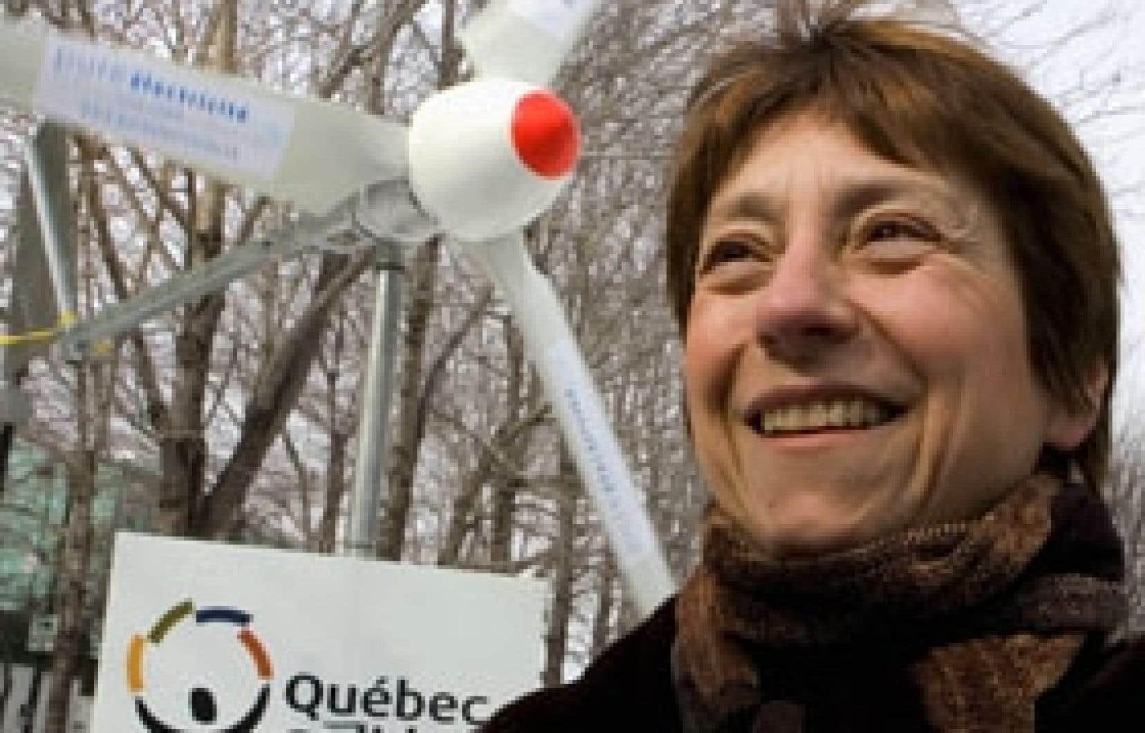 Après avoir commencé sa campagne en parlant de nationalisation de l'éolien, Québec solidaire a marqué hier ses derniers pas dans la course électorale en réitérant sa volonté de développer cette forme d'énergie sous propriété publique s