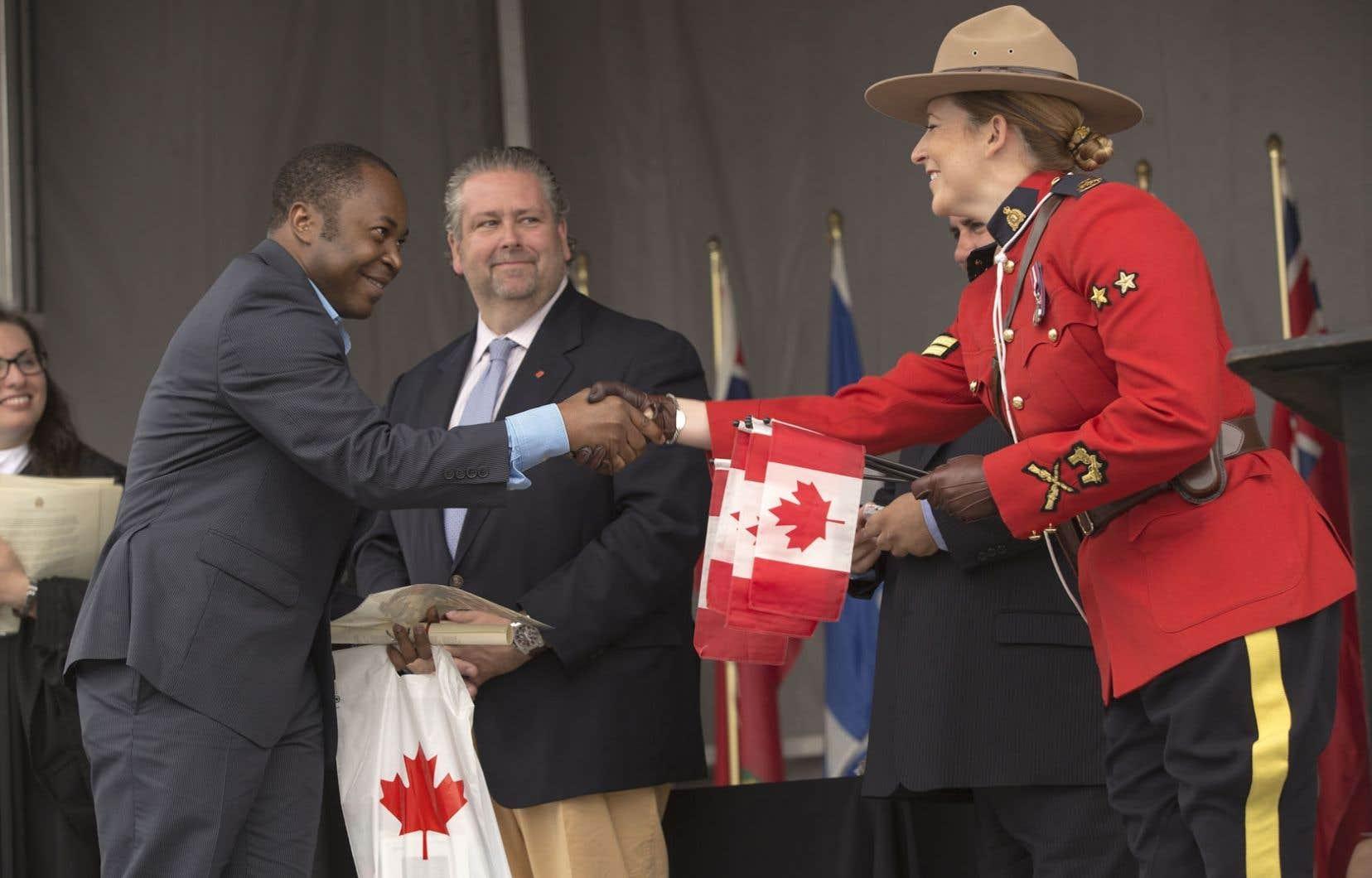 Cérémonie de citoyenneté publique à Montréal, en juillet dernier.