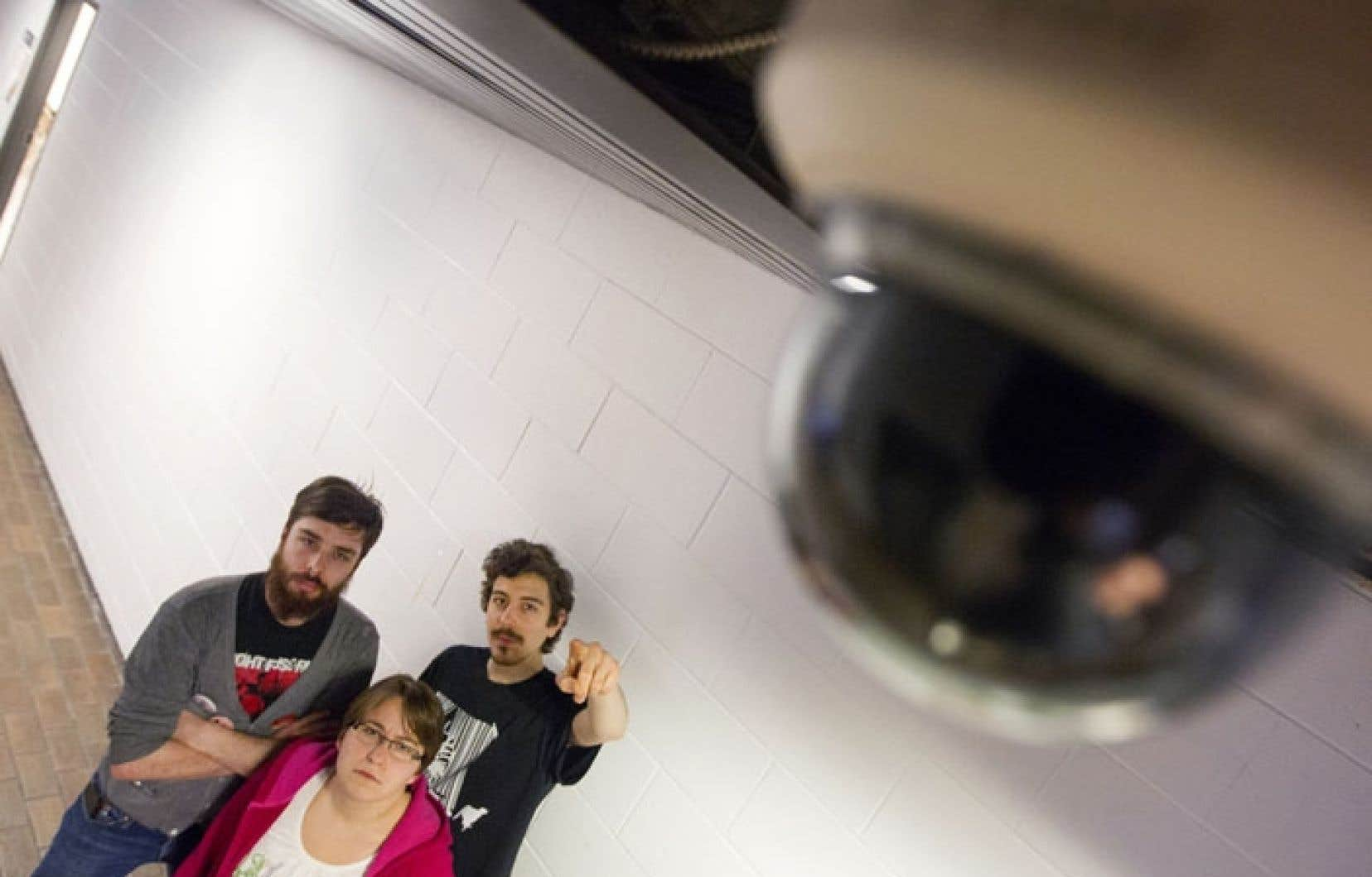 De plus en plus d'étudiants plaident pour un meilleur encadrement de l'utilisation des caméras de sécurité à l'Université du Québec à Montréal (UQAM).