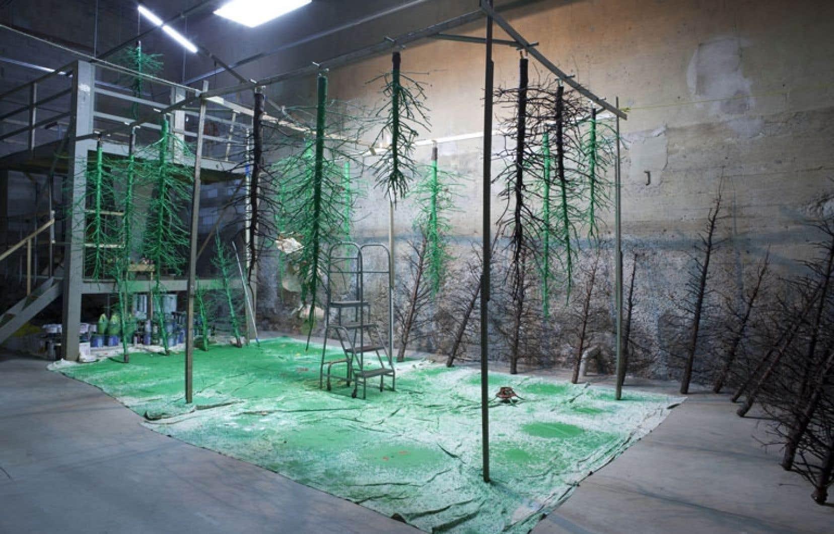 Usine de sapins, de BGL, 2009, vue de l'installation à la galerie Parisian Laundry, à Montréal