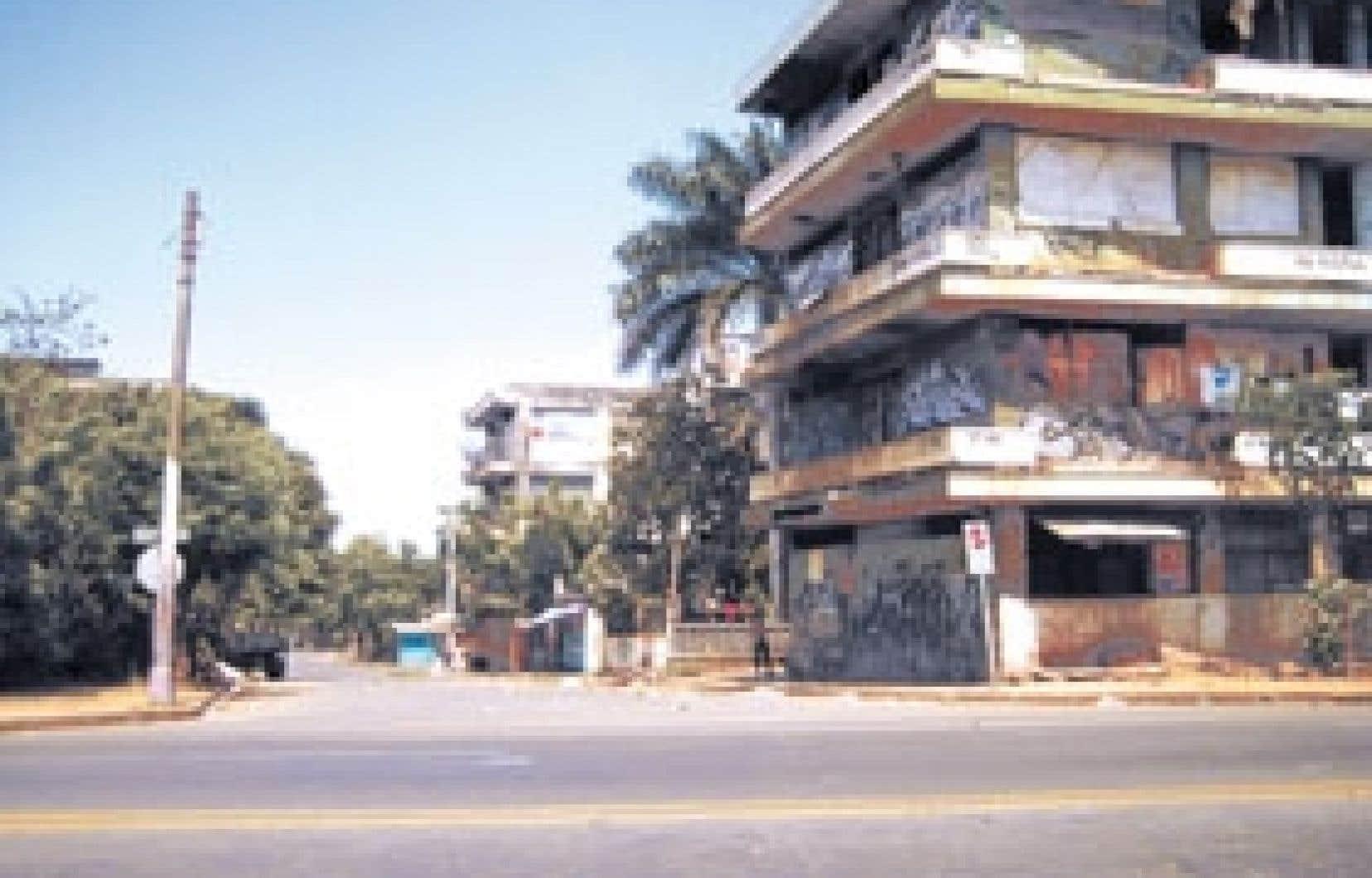 Immeuble barricadé de Managua au Nicaragua.