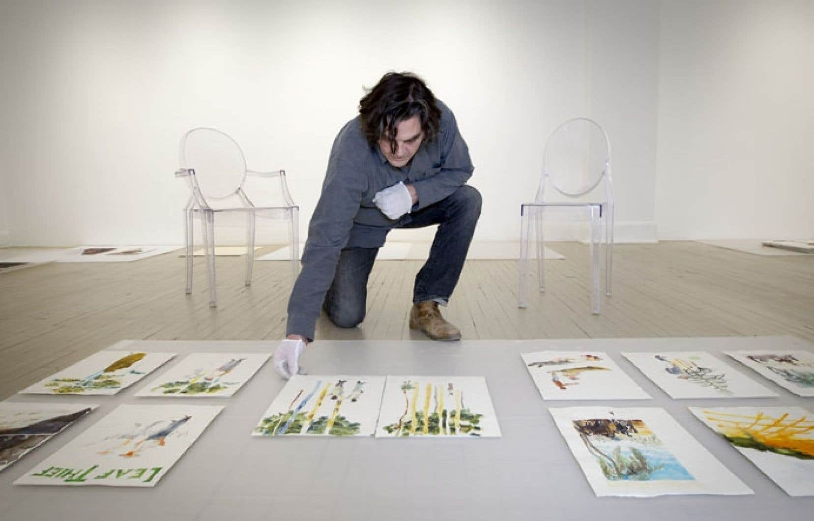 Trevor Gould est né à Johannesburg. L'artiste est arrivé au Canada en 1980 et il enseigne aujourd'hui à l'Université Concordia.