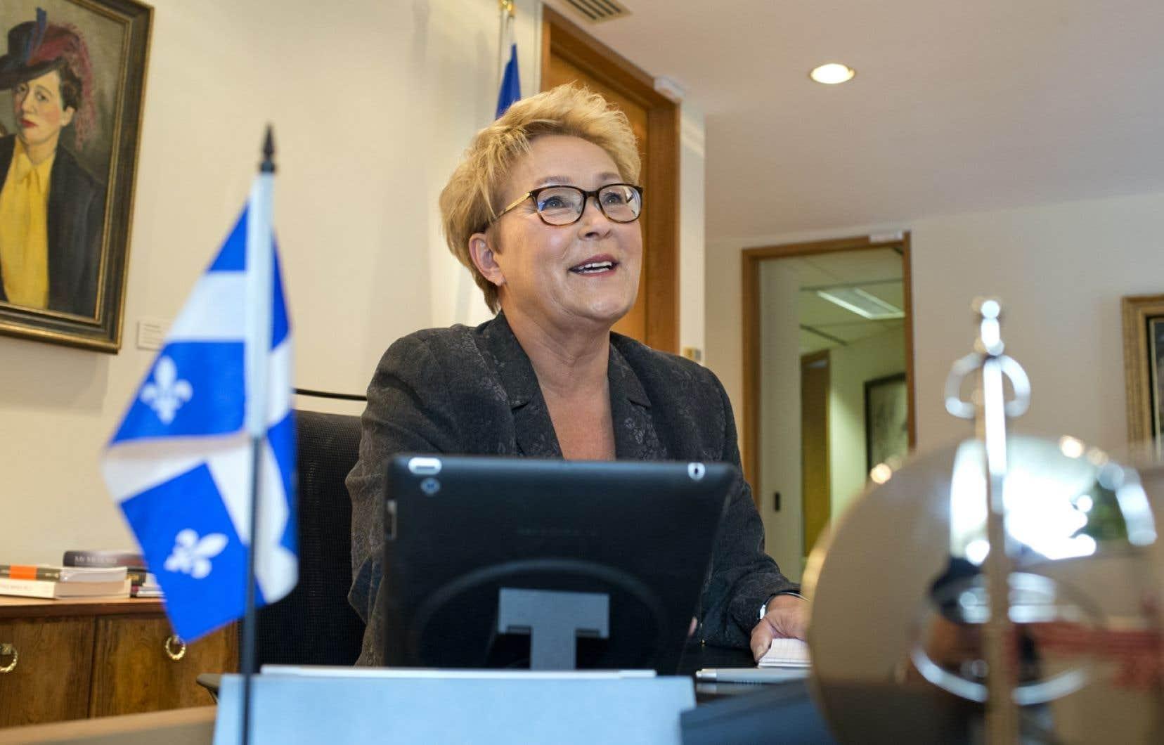 La première ministre du Québec, Pauline Marois, a accueilli le photographe du Devoir à son bureau de Montréal mardi.