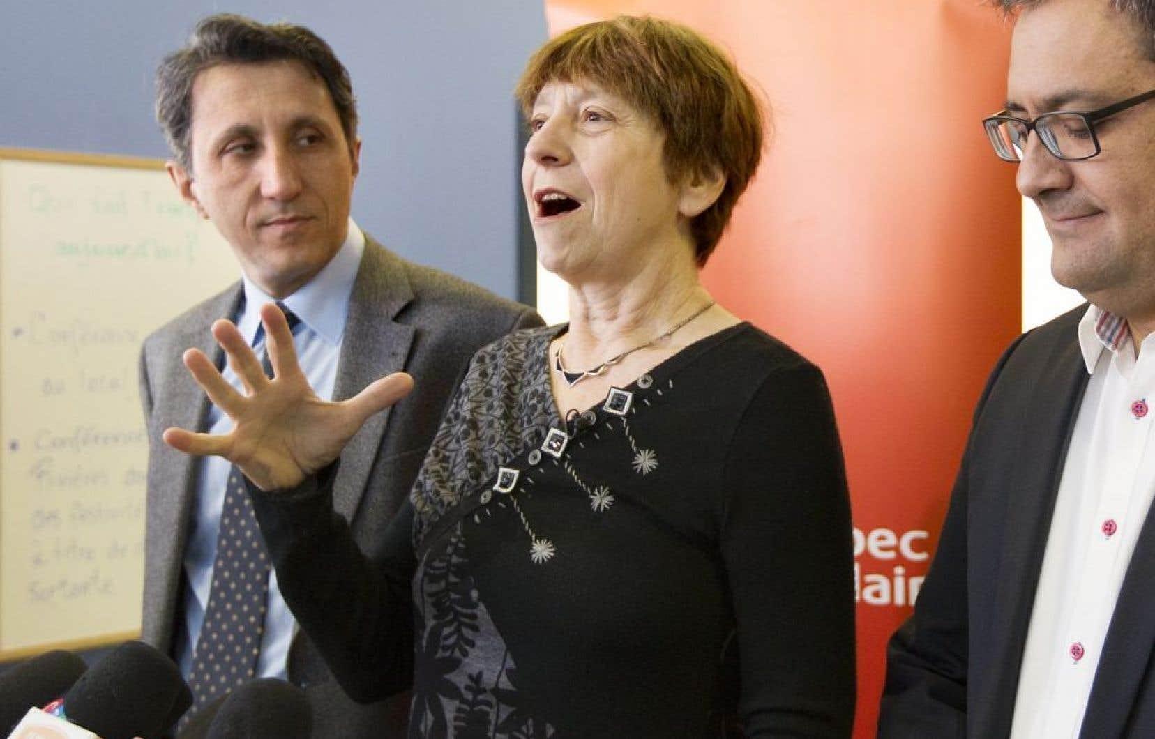 Françoise David va défendre au cours de la campagne électorale la création d'un pays qui serait, dit-elle, pour tout le monde, inclusif, francophone et basé sur des valeurs communes.