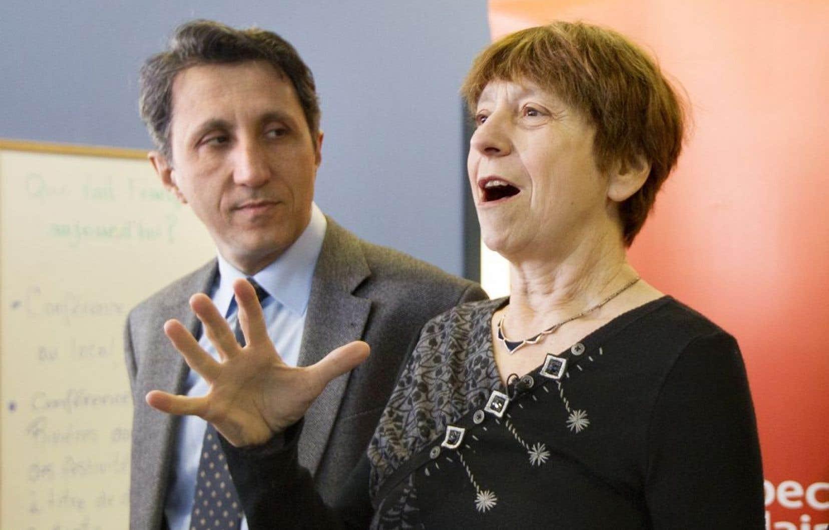 Françoise David a soutenu dimanche que le Parti québécois affichait désormais ses vraies couleurs en enrôlant l'ancien dirigeant de l'empire Québecor.