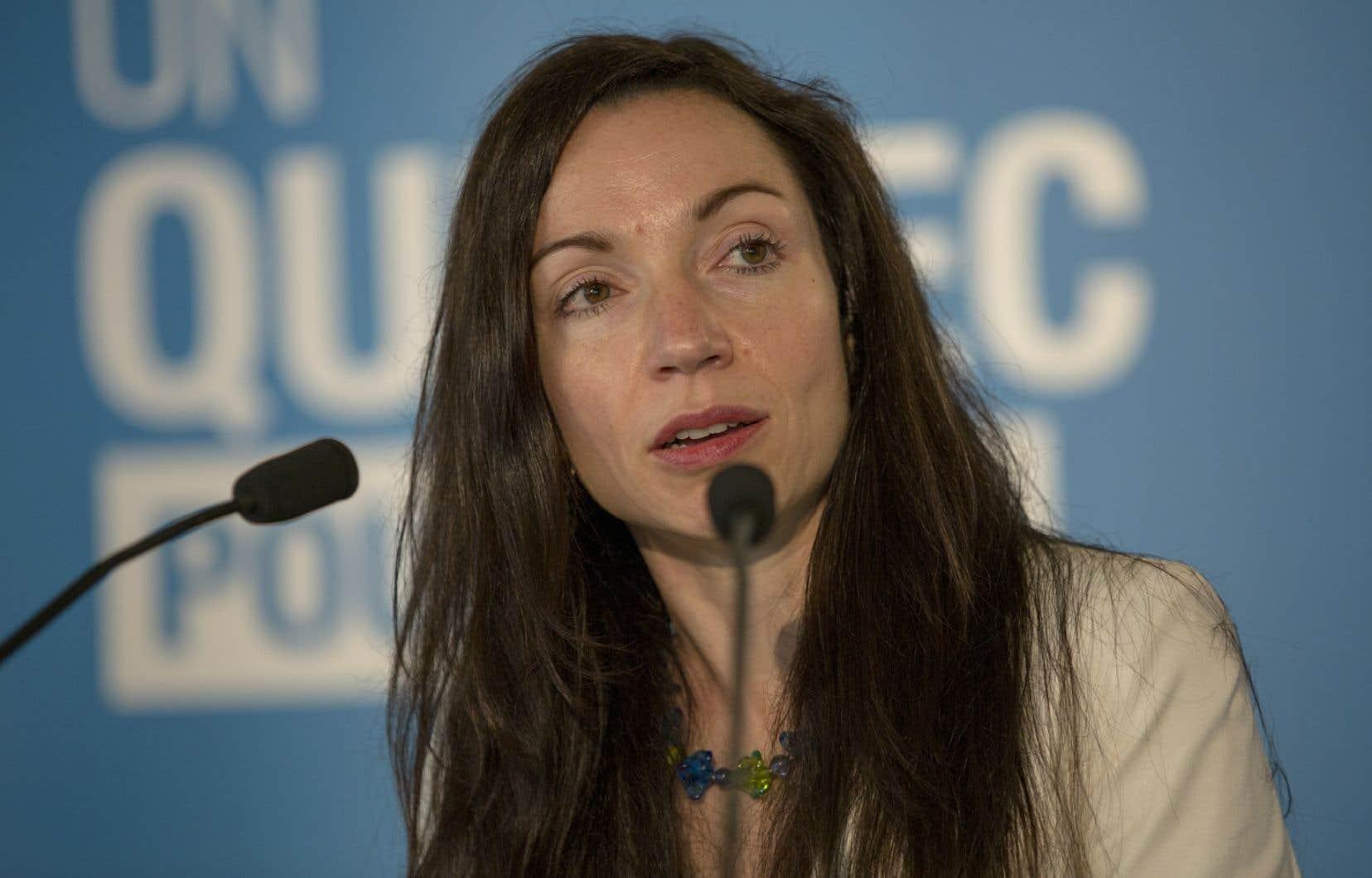 La ministre des Ressources naturelles, Martine Ouellet, avait annoncé l'an dernier que ce serait aux Québécois de payer la facture pour restaurer les sites miniers abandonnés.