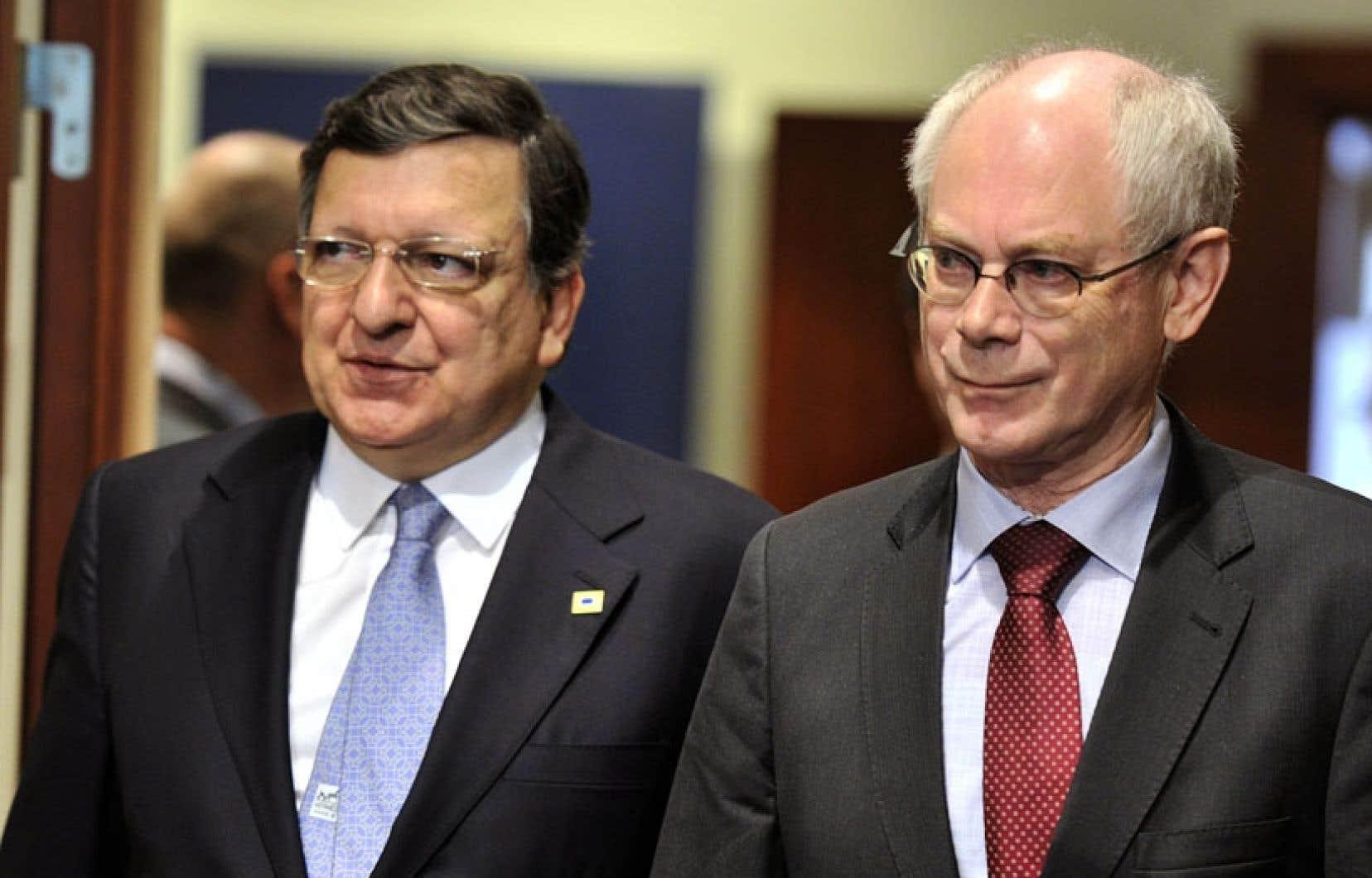 José Manuel Barroso, le président de la Commission européenne, et Herman Van Rompuy, le président du Conseil européen.