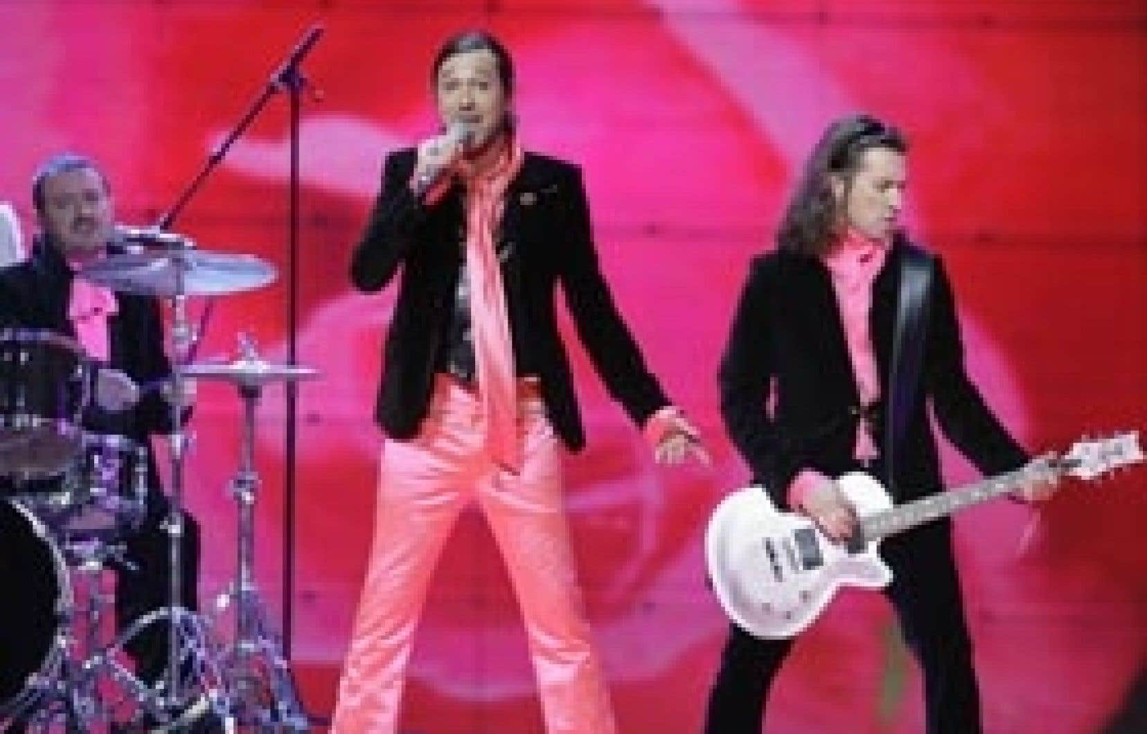 Les Fatals Picards, en 2007, chantent «L'amour à la française» en finale de l'Eurovision.