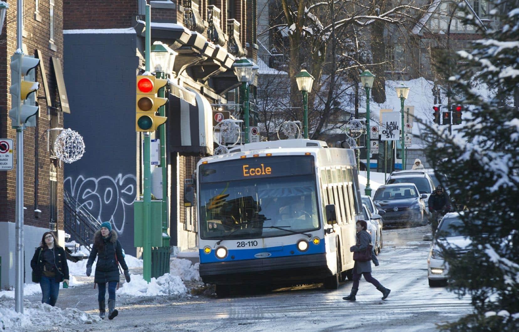 La Société des transports de Montréal (STM) s'illustre par l'imprécision de sa réponse aux questions du <em>Devoir</em>. Elle affirme traiter en moyenne 300 demandes d'accès à l'information par an.