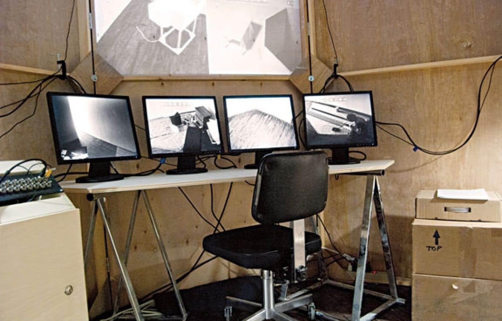 Avec l'installation Self Control Room, chez Articule, Sébastien Cliche mélange les temporalités et les espaces.