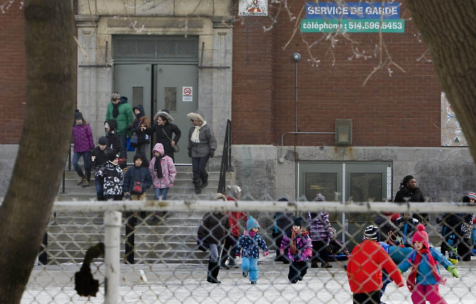 À Montréal, l'école primaire Saint-Gérard est l'une de celle à avoir reçu du financement pour sa réfection en janvier 2013.
