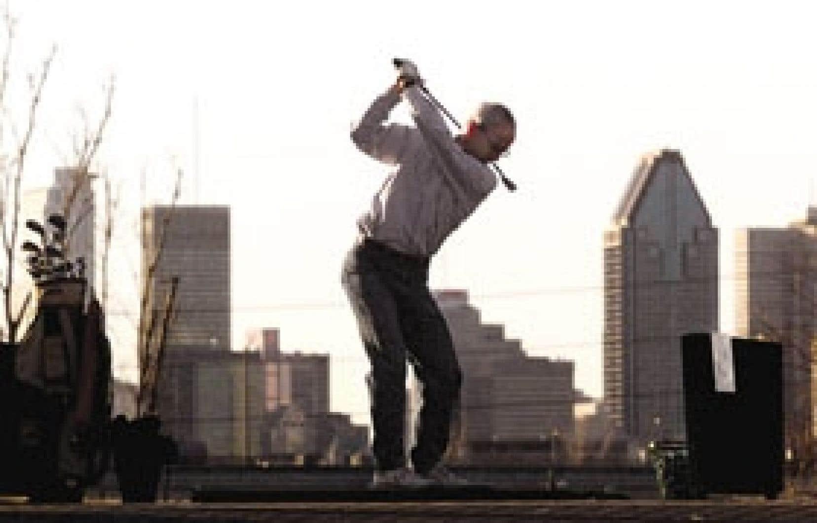 «Certains de nos membres mènent des campagnes de financement par le biais d'un tournoi de golf.»