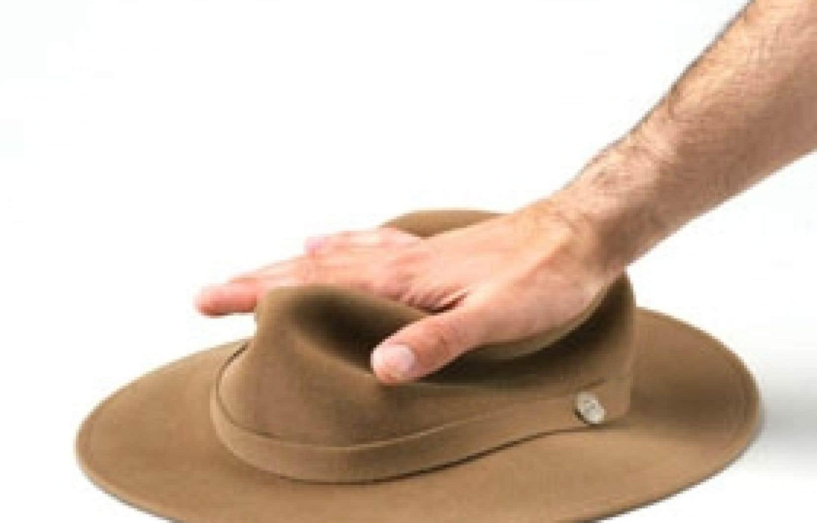 Le chapeau Fedora de Tilley: écrasable et transportable.