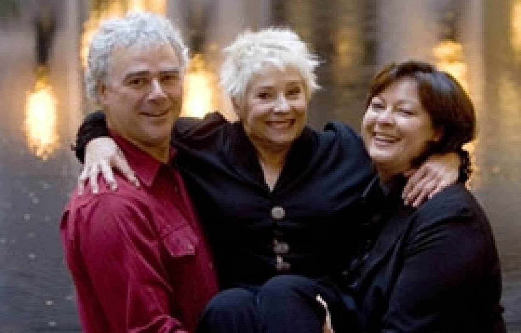 Jacques L'Heureux, Marie Eykel et Claire Pimparé, les trois comédiens qui ont marqué une génération complète d'enfants, lancent dans quelques jours le premier coffret DVD de Passe-Partout.