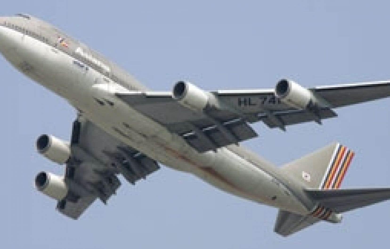 «Lorsque vous développez un programme comme le 747, ou que vous construisez un grand pont, ou l'A380, rien n'est jamais parfait», reconnaît Joseph Sutter, l'ingénieur en chef du programme du Boeing 747.