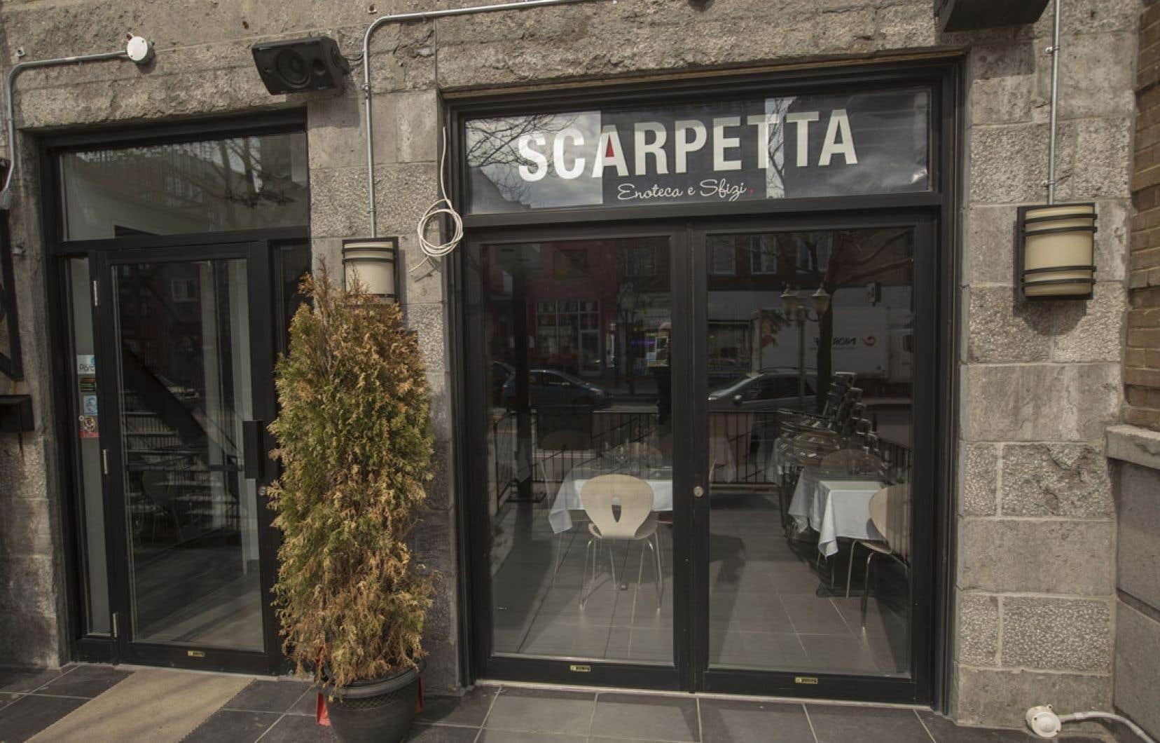 Le restaurant Scarpetta – Enoteca e Sfizi est discrètement installé avenue du Parc, juste au nord de l'avenue du Mont-Royal, à Montréal.