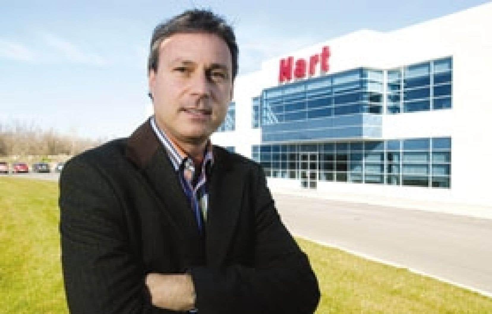 Michael Hart, président et chef de la direction de la chaîne Hart, qui compte 76 magasins, dont 53 au Québec.